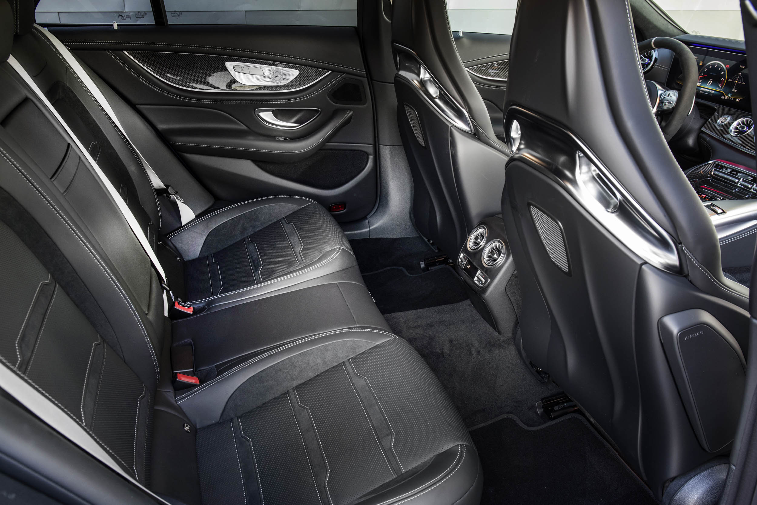 Mercedes-AMG GT 63 S back seat