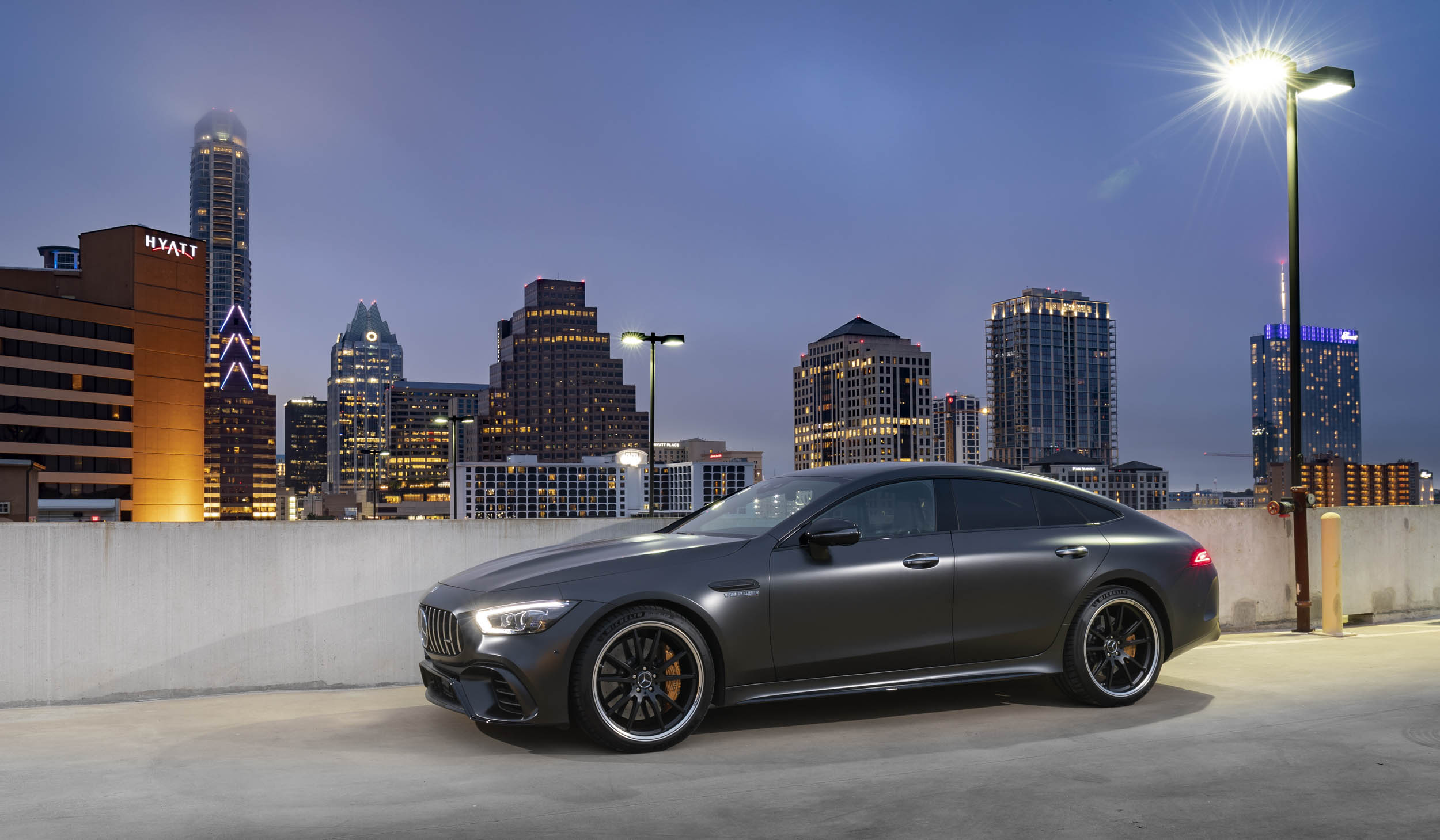 Mercedes-AMG GT 63 S skyline profile