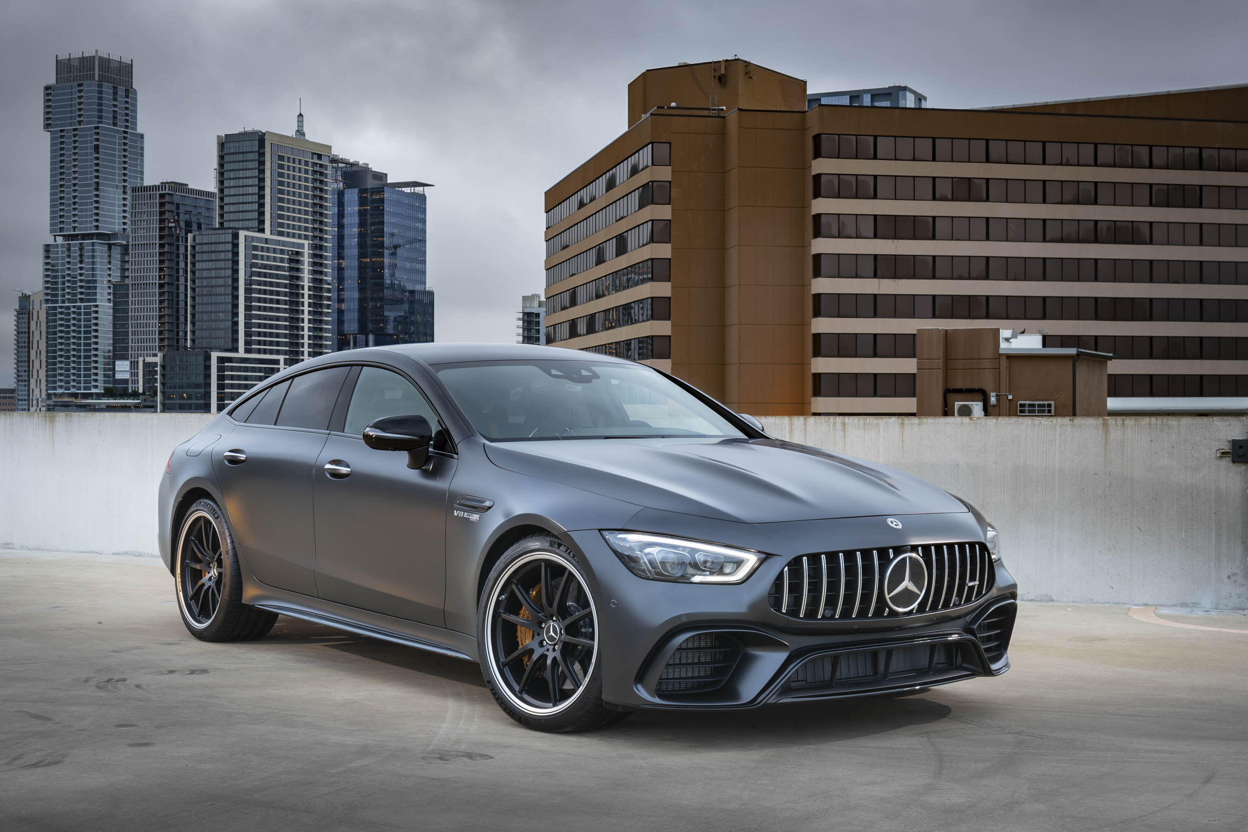 Mercedes-AMG GT 63 S low front 3/4