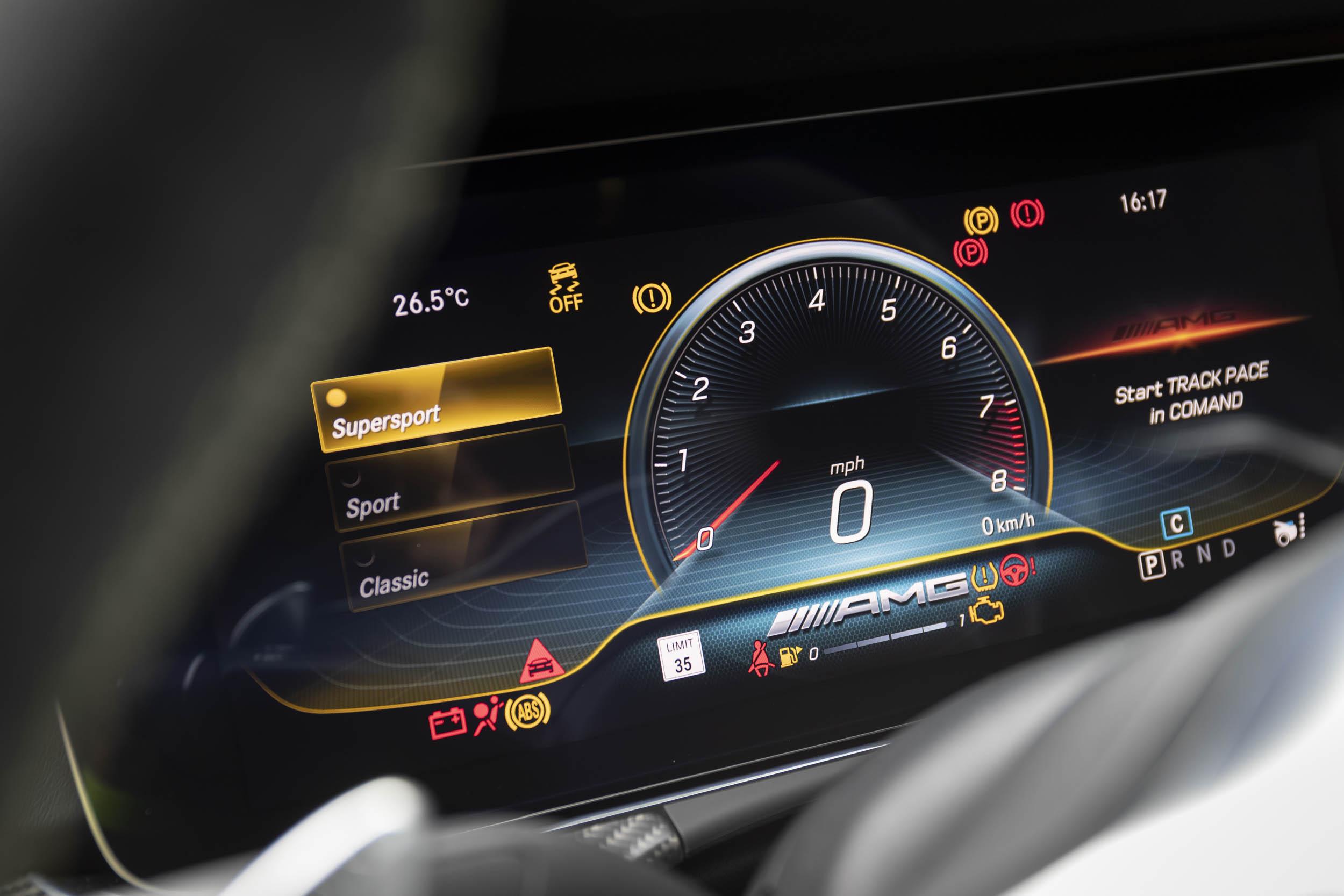 Mercedes-AMG GT 63 S odometer