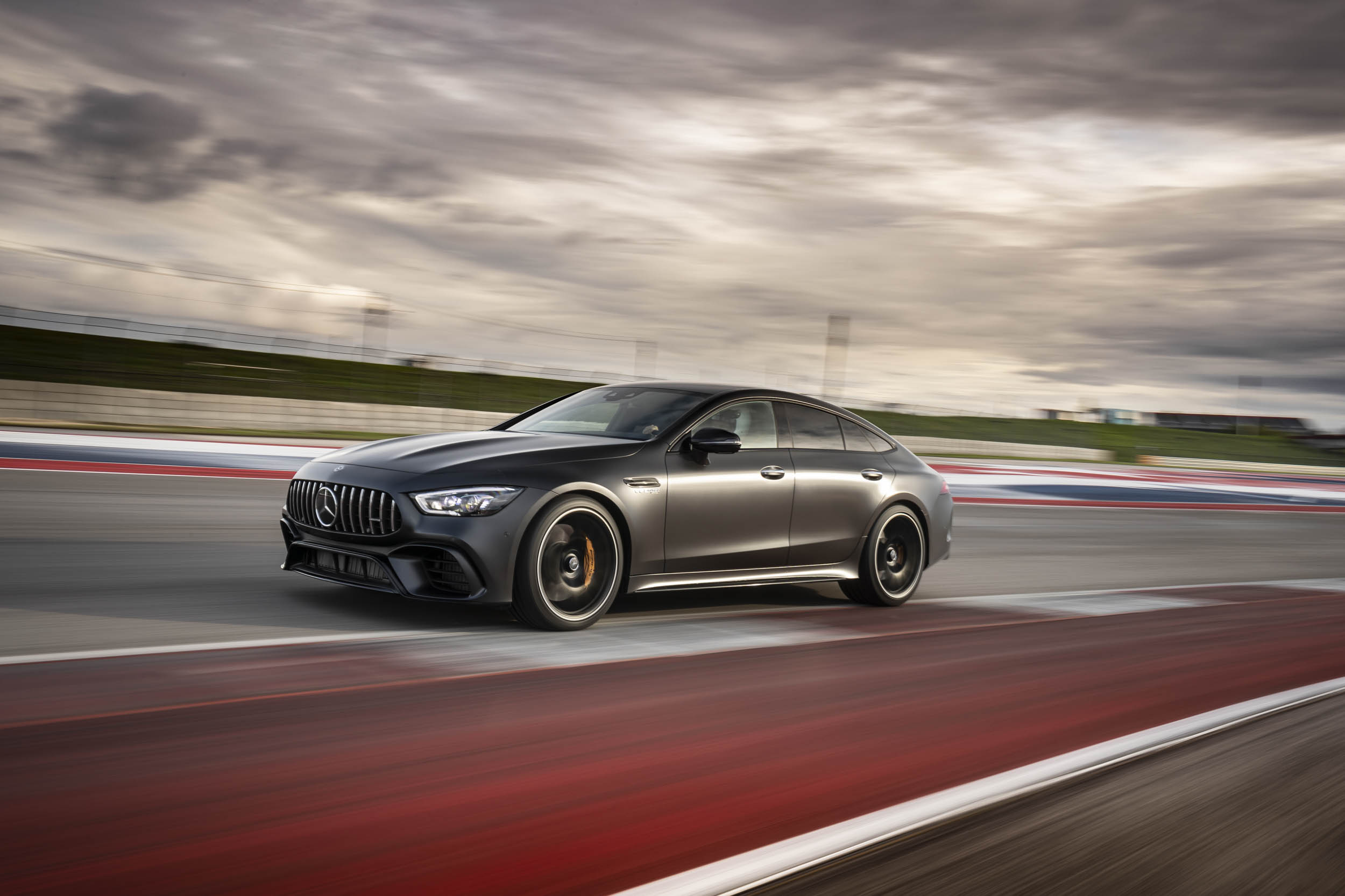 Mercedes-AMG GT 63 S track profile