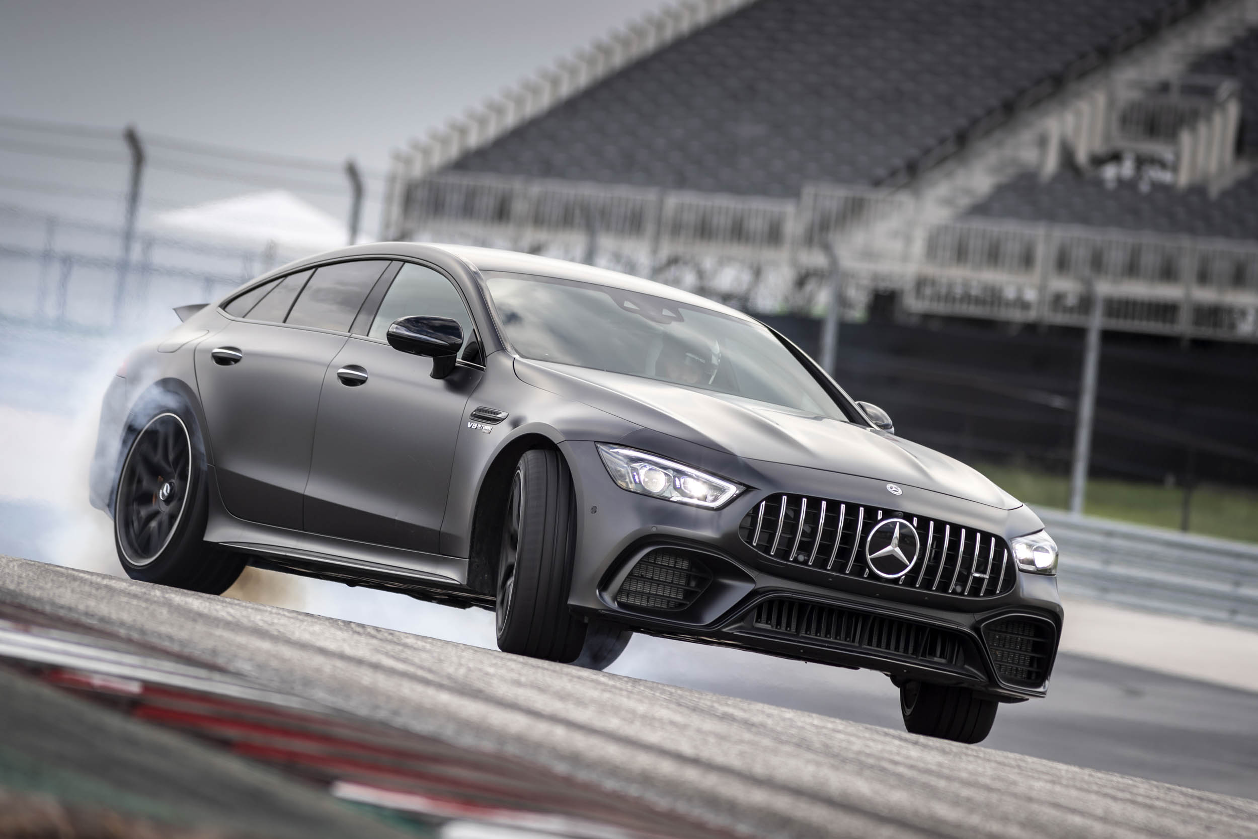 Mercedes-AMG GT 63 S burn out