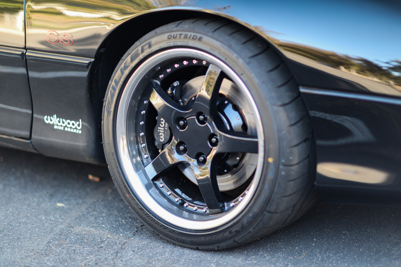 Heidts Suspension Camaro IRS wheels brakes
