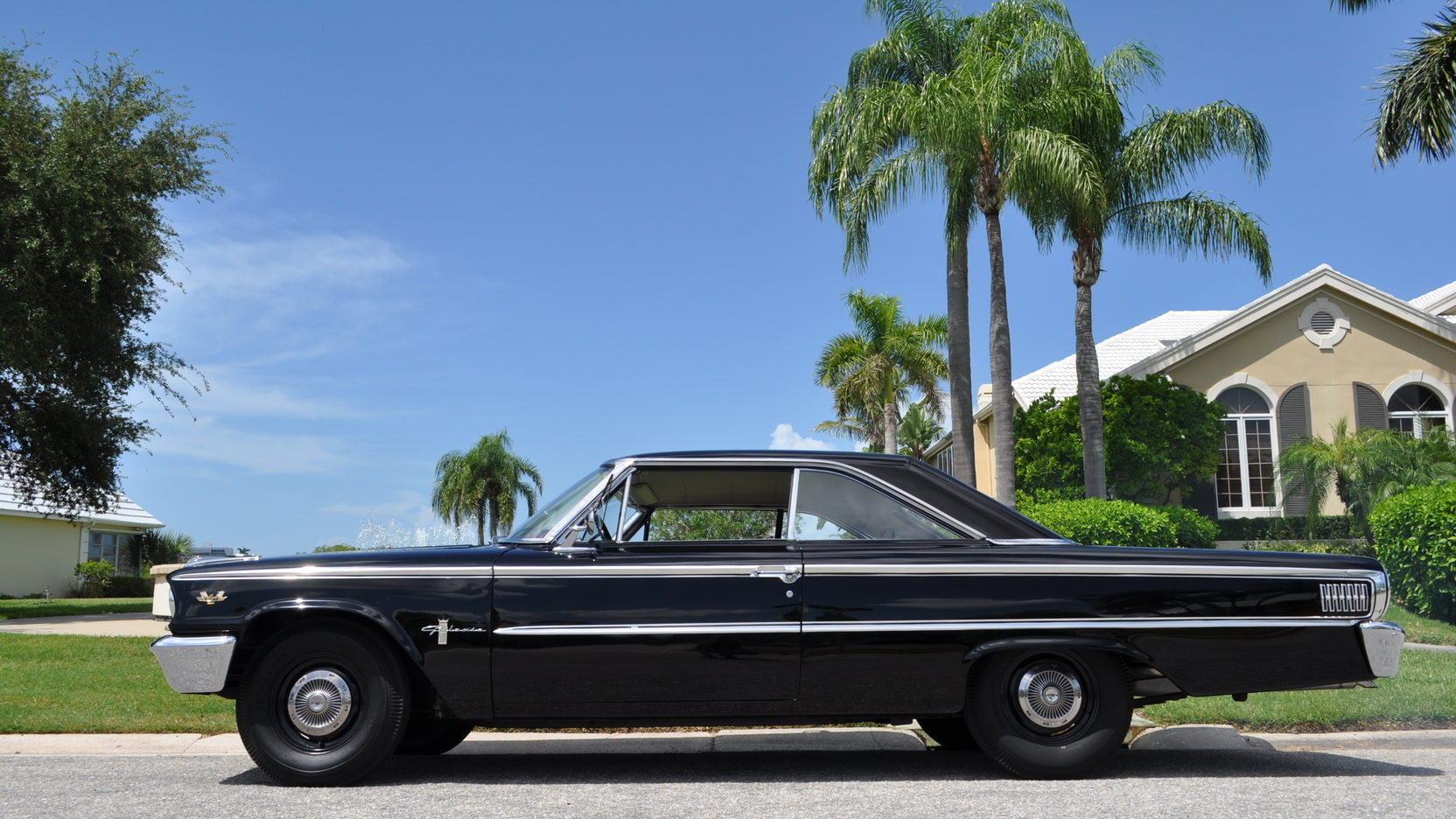 1963 Ford Galaxie Sportsroof side profile