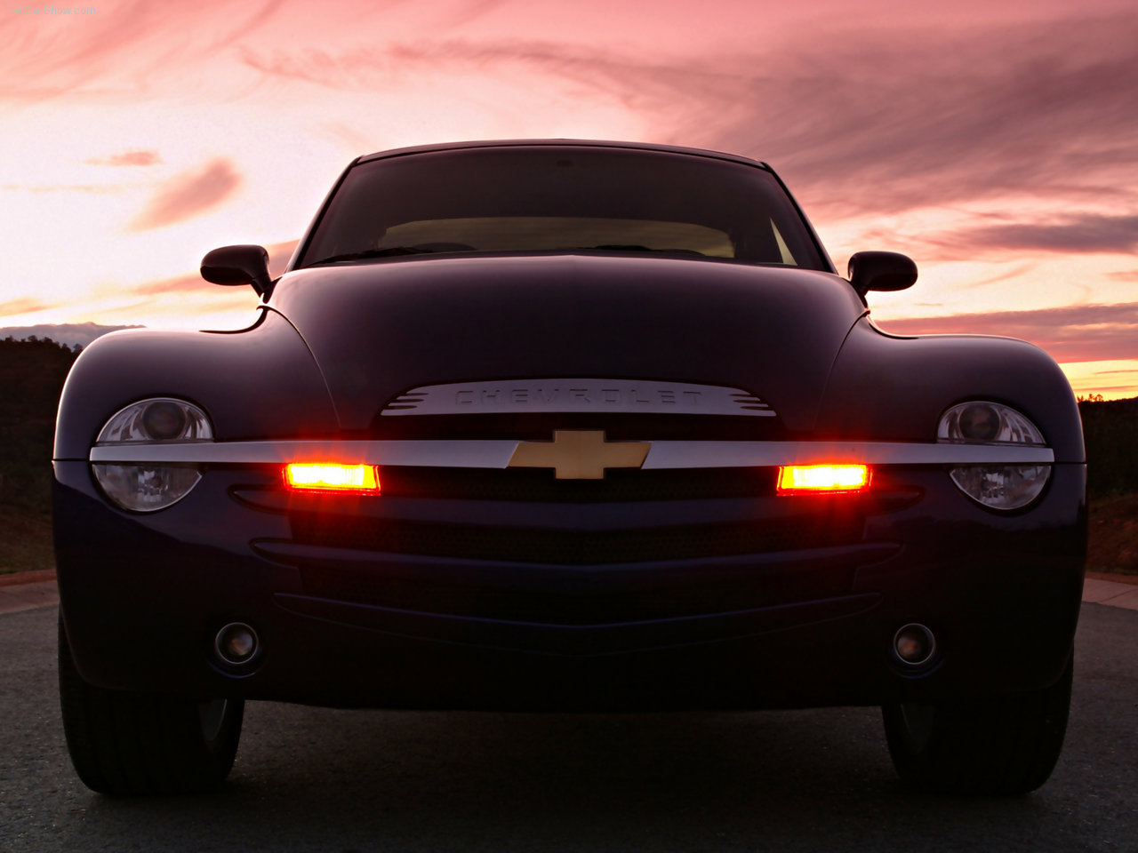 2003 Chevrolet SSR nose