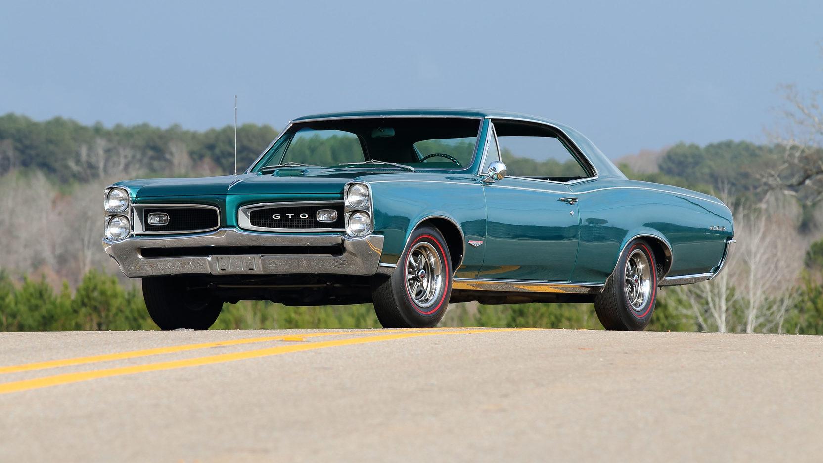 1966 Pontiac GTO teal front 3/4