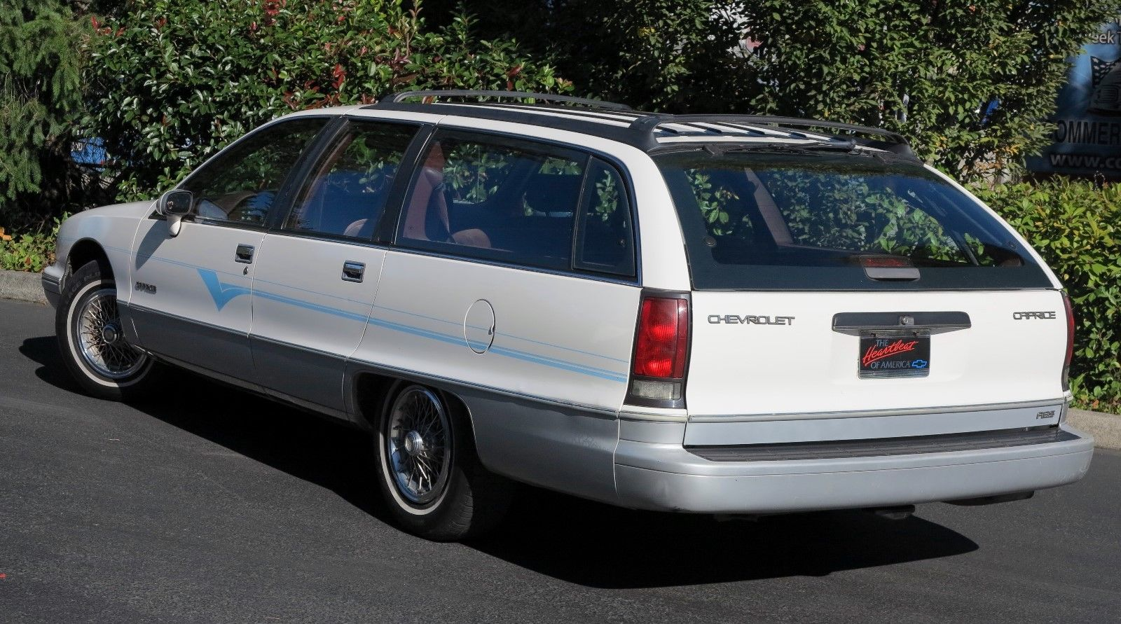 1991 Chevrolet Caprice Classic Wagon low 3/4 rear