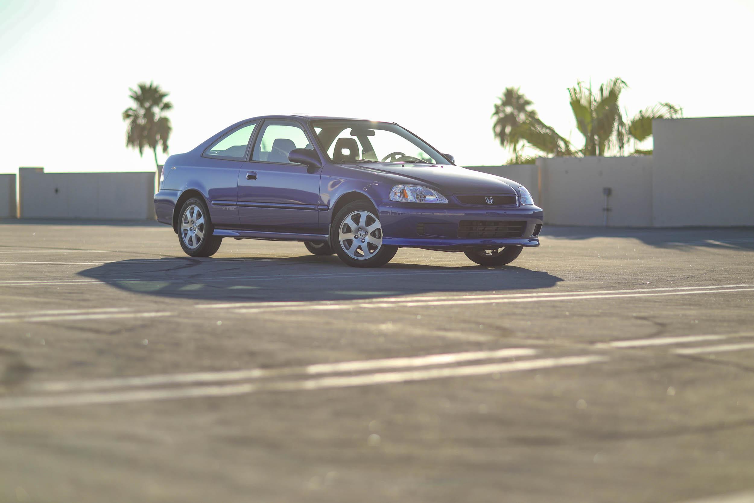 Honda Civic front 3/4