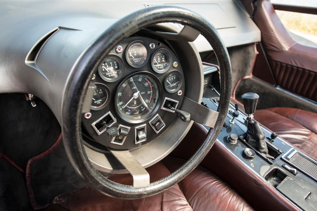 1972 Maserati Boomerang coupé steering wheel and gauges