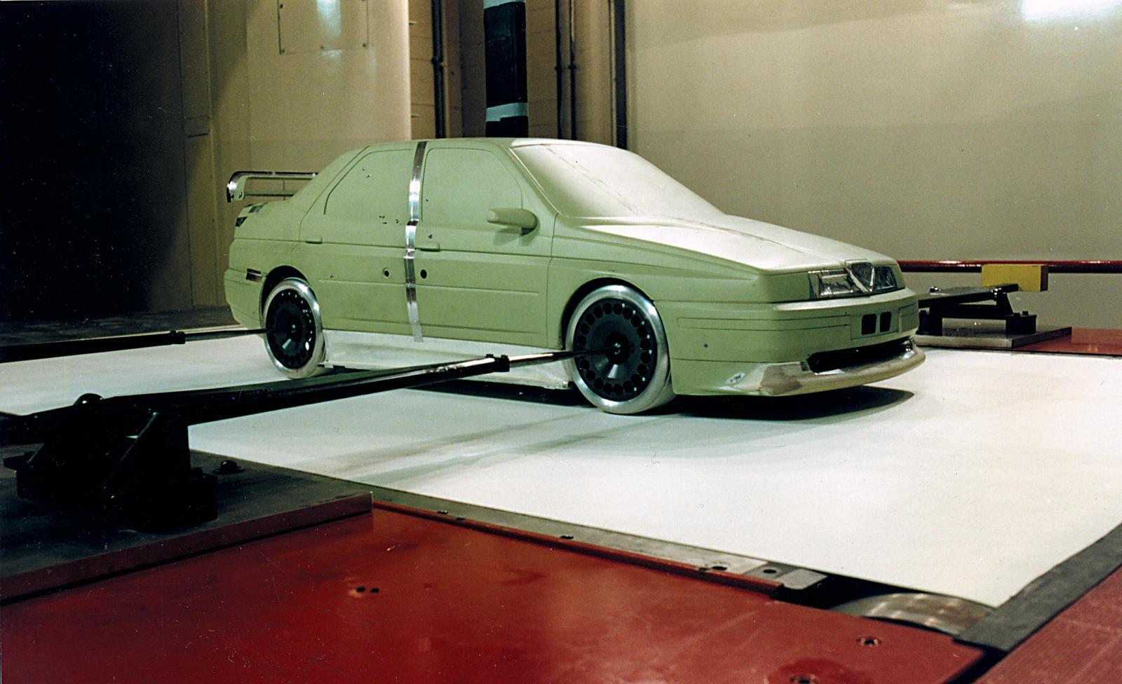 1993 Alfa Romeo 155 GTA model