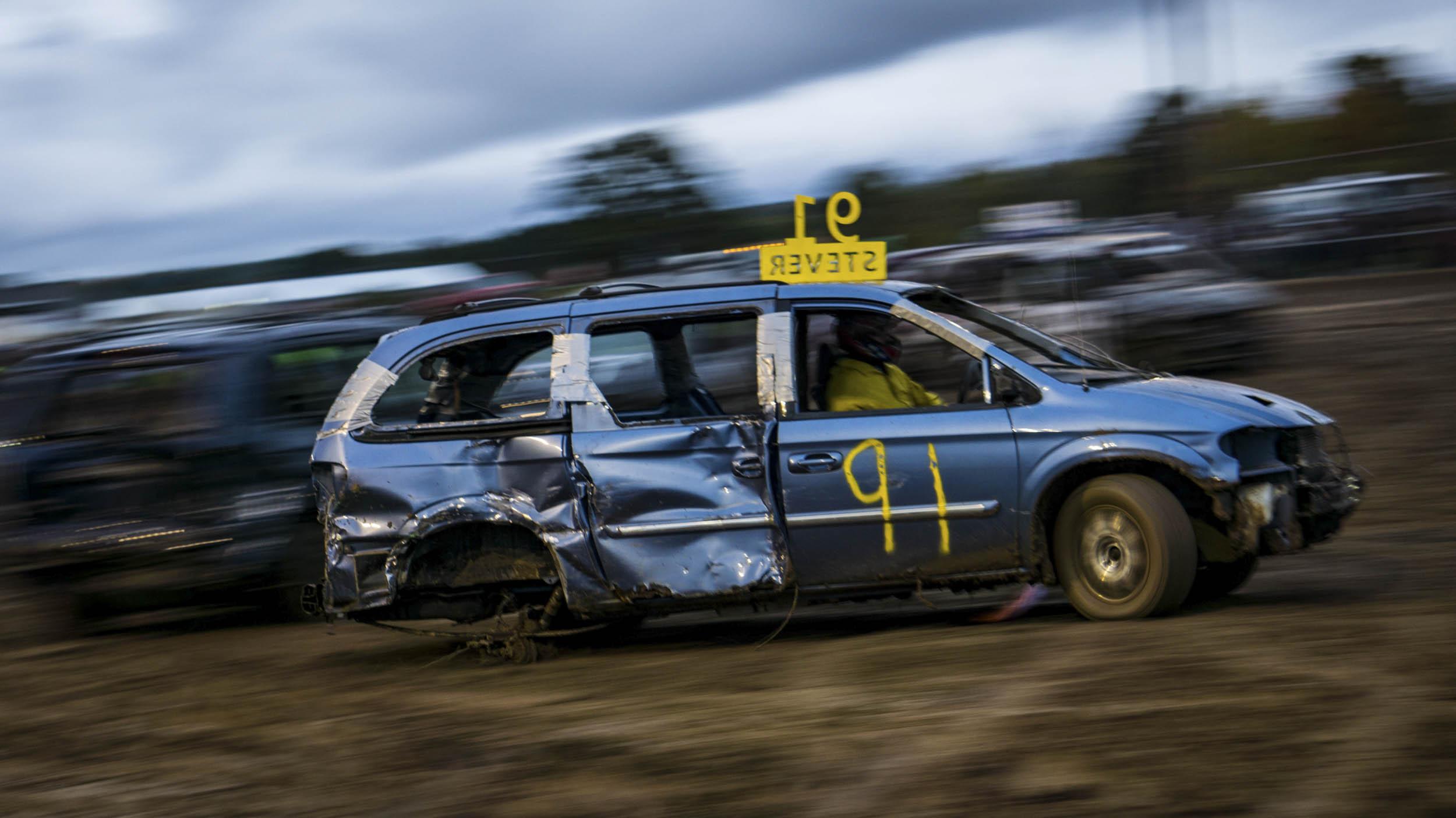 demolition derby minivan