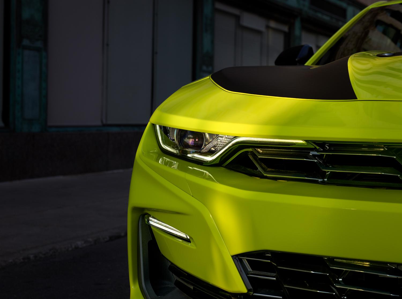 2019 Chevrolet Camaro headlight