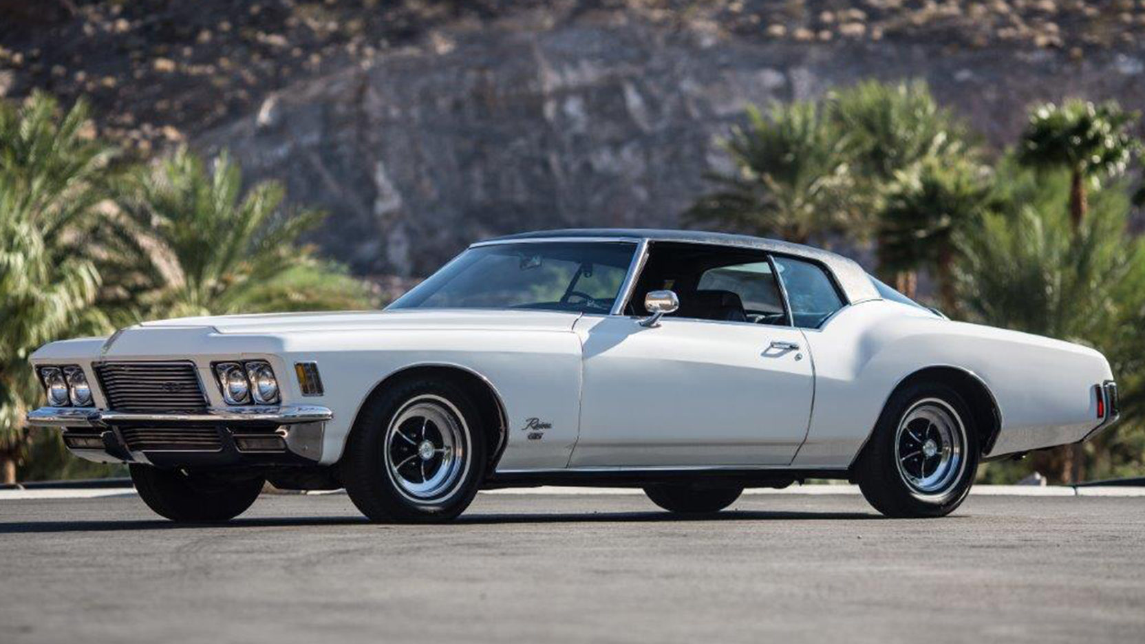 1971 Buick Riviera front 3/4