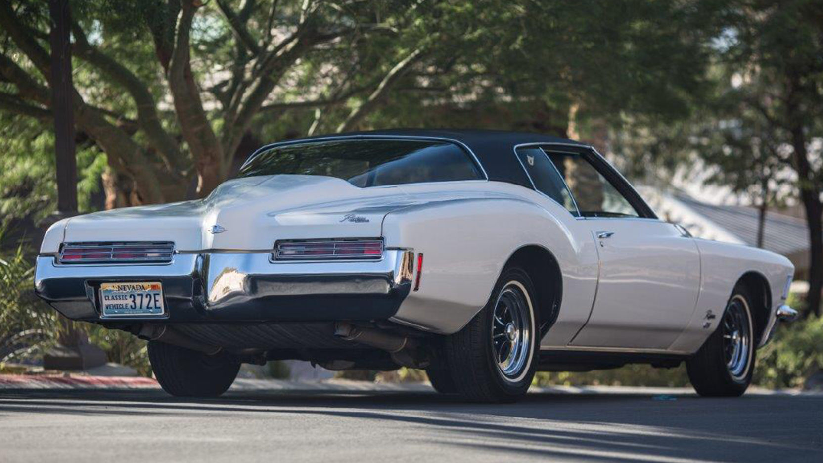 1971 Buick Riviera rear 3/4