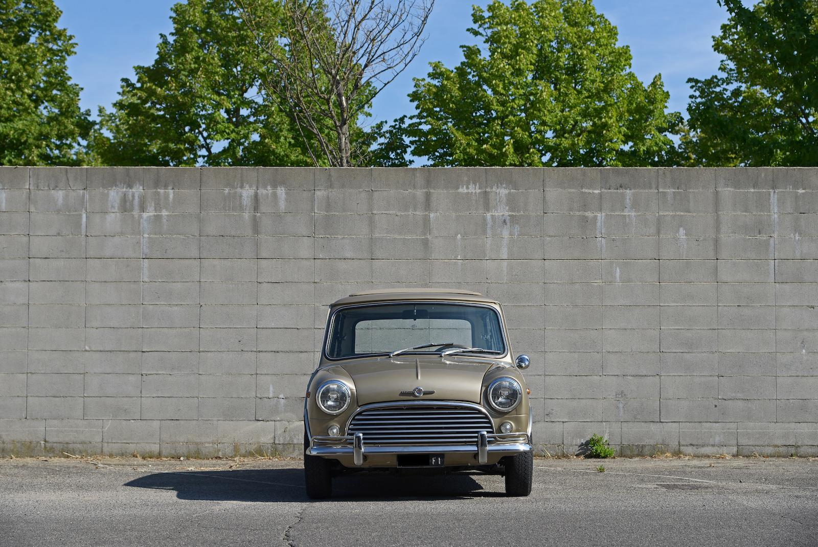 1965 Morris Mini Cooper S MkI front end