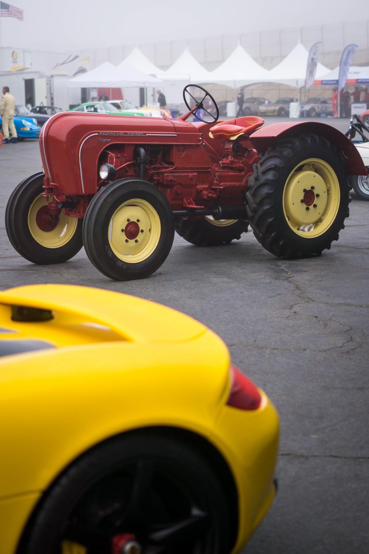 Porsche Rennsport Tractor race fog morning