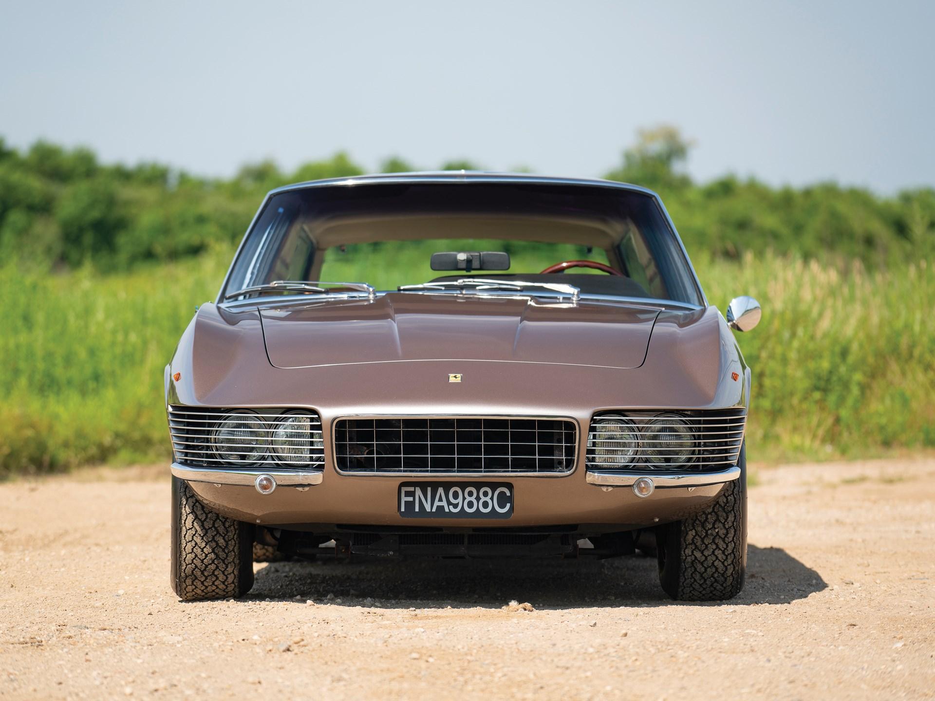 1965 Ferrari 330 GT 2+2 Shooting Brake front grille