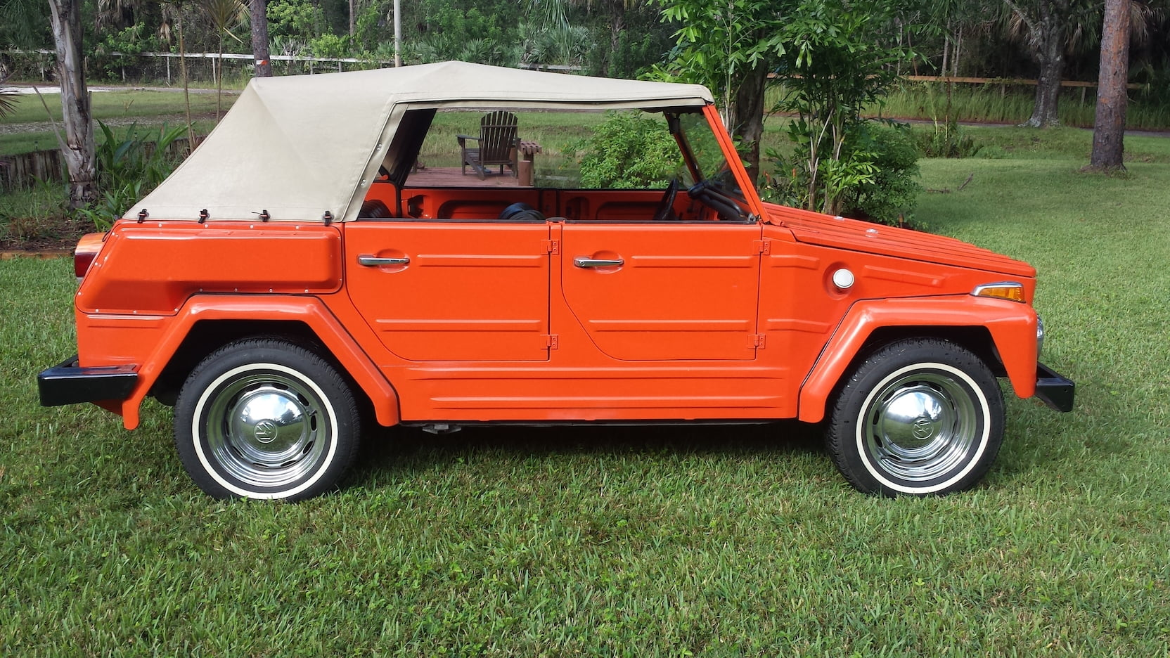 1974 Volkswagen Thing top up side