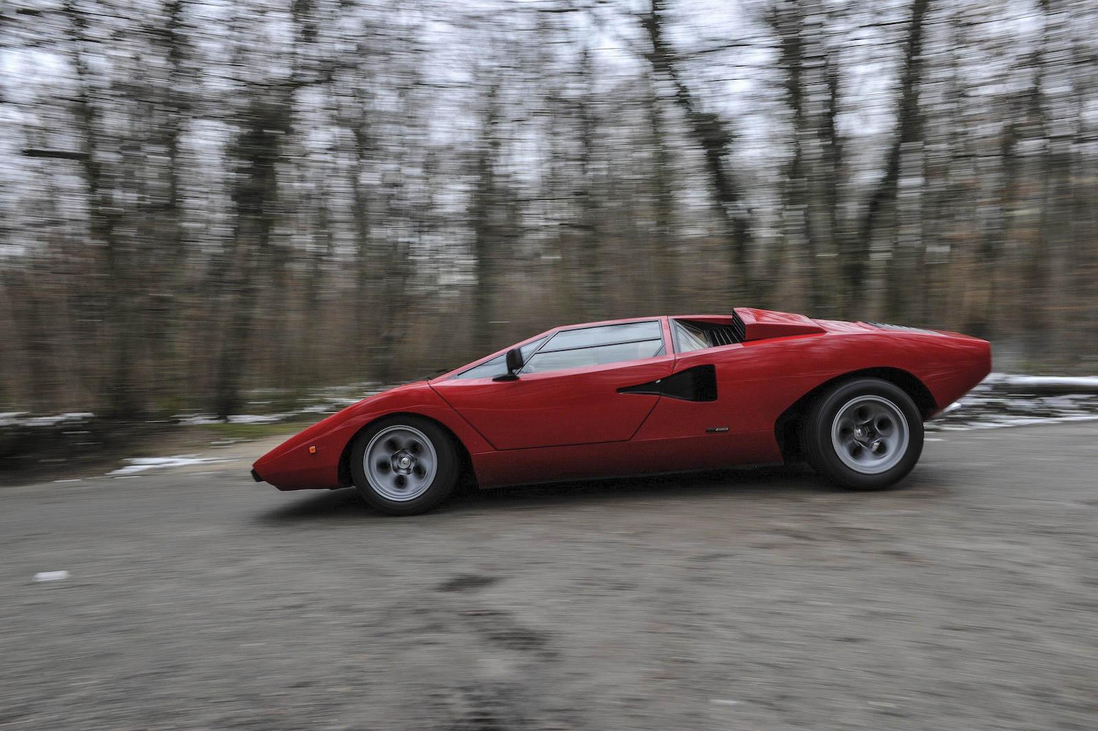 1974 Lamborghini Countach profile