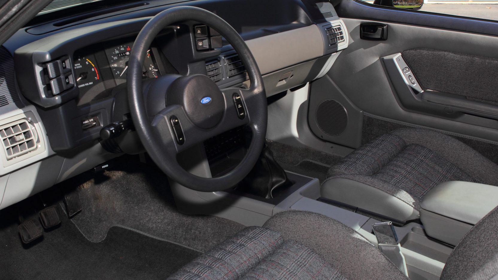 1988 Ford Mustang GT interior