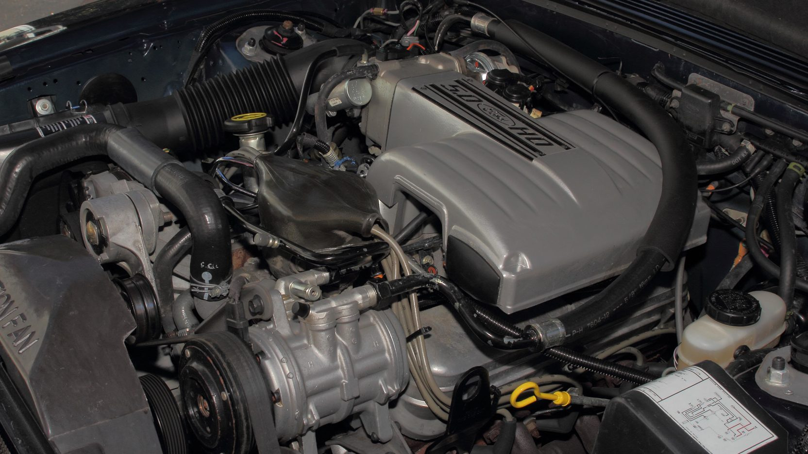 1988 Ford Mustang GT engine