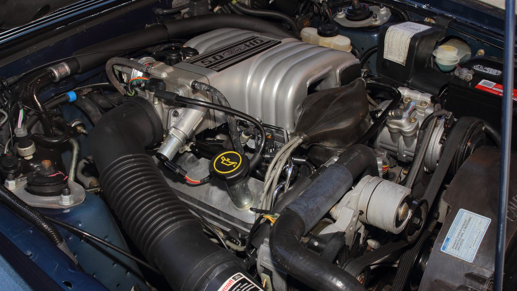 1988 Ford Mustang GT 5.0 engine