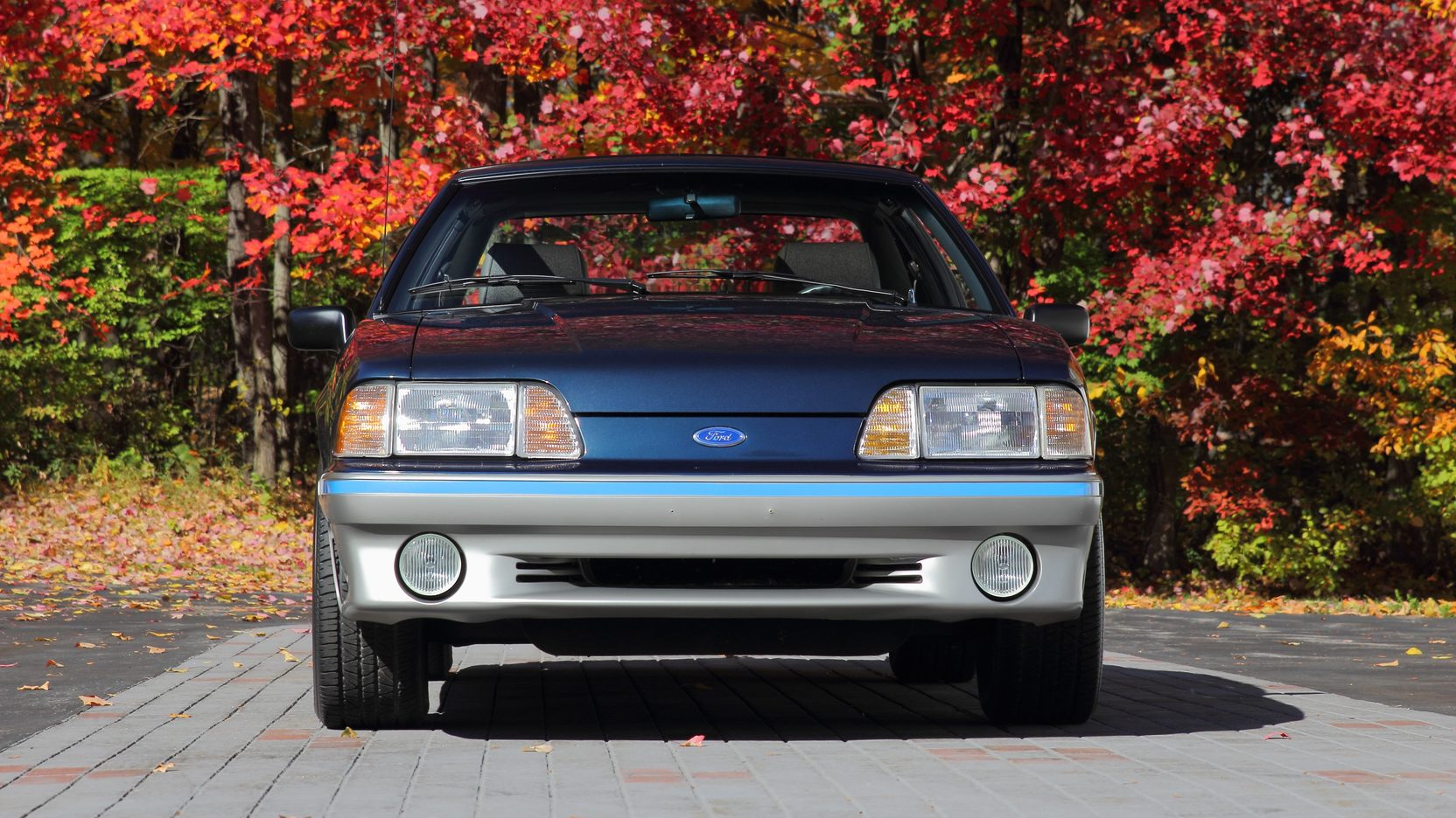 1988 Ford Mustang GT front