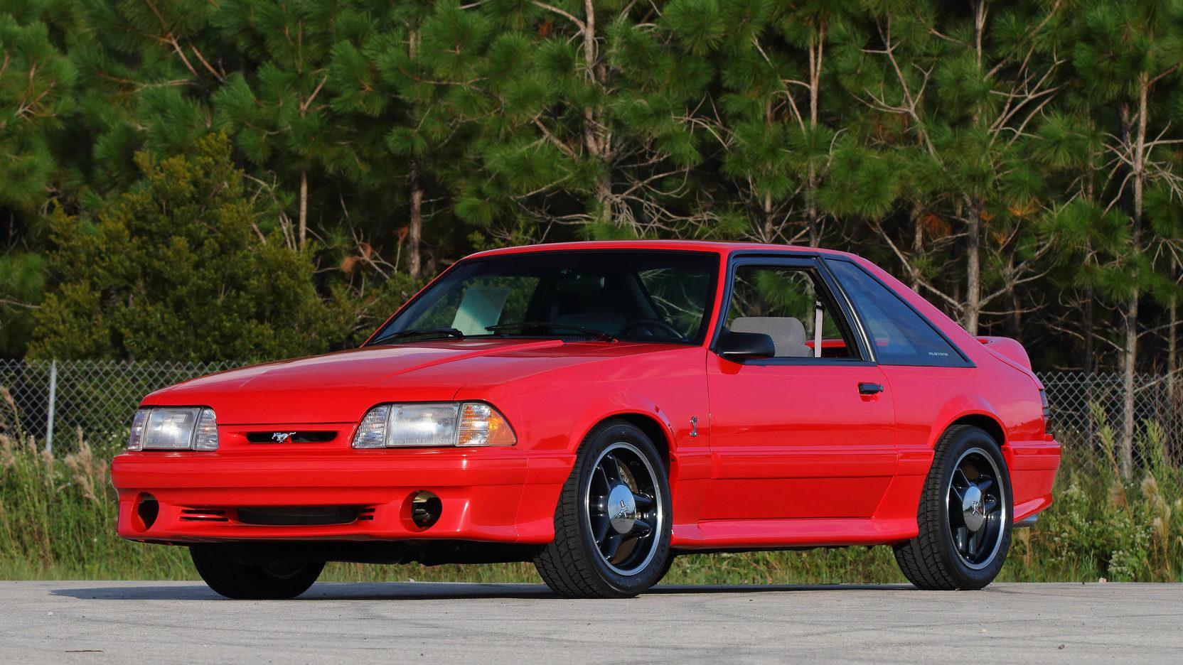 1993 Ford Mustang SVT Cobra R front 3/4