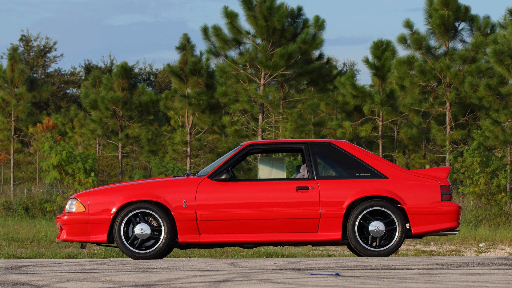 1993 Ford Mustang SVT Cobra R profile