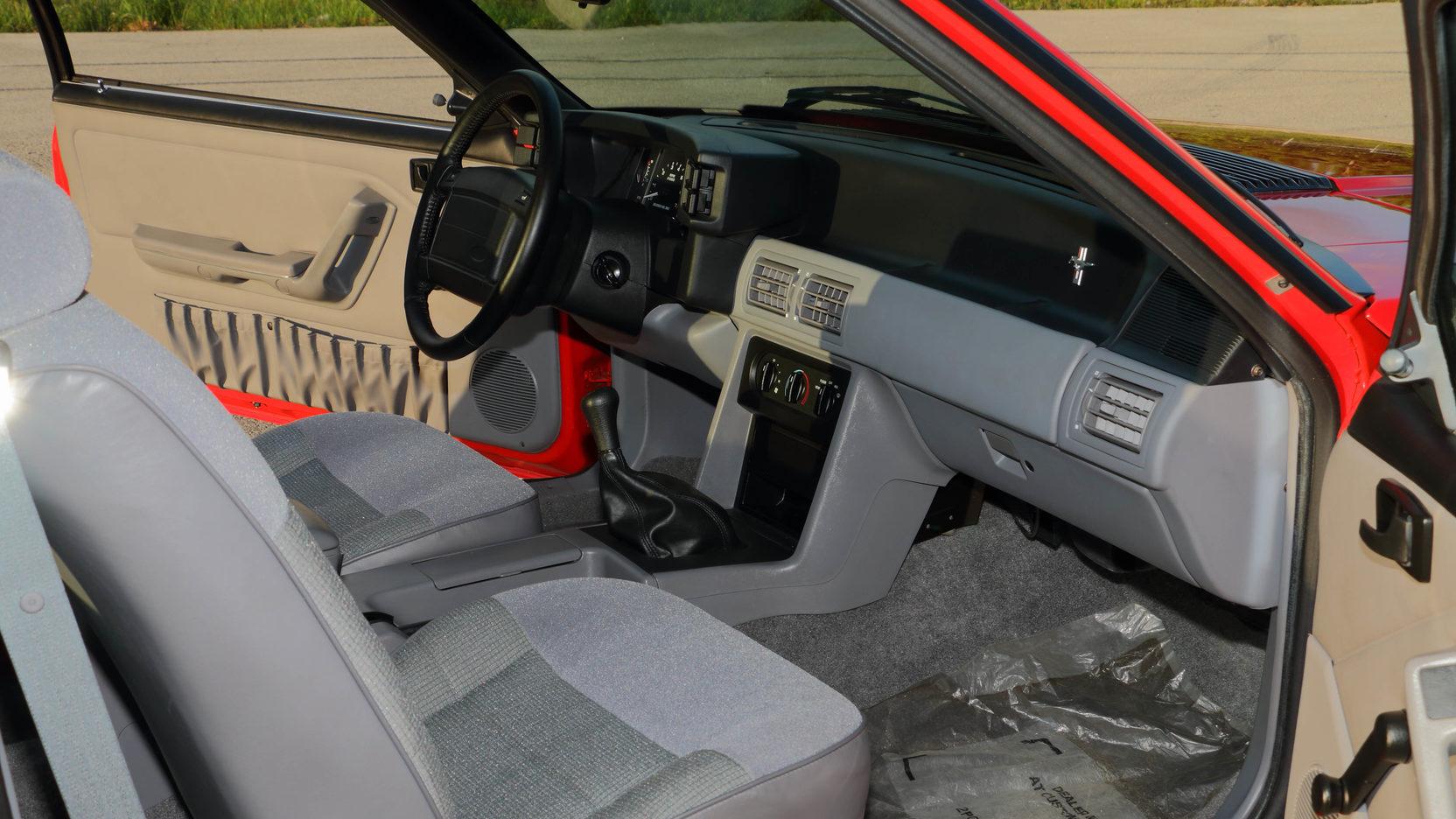 1993 Ford Mustang SVT Cobra R interior