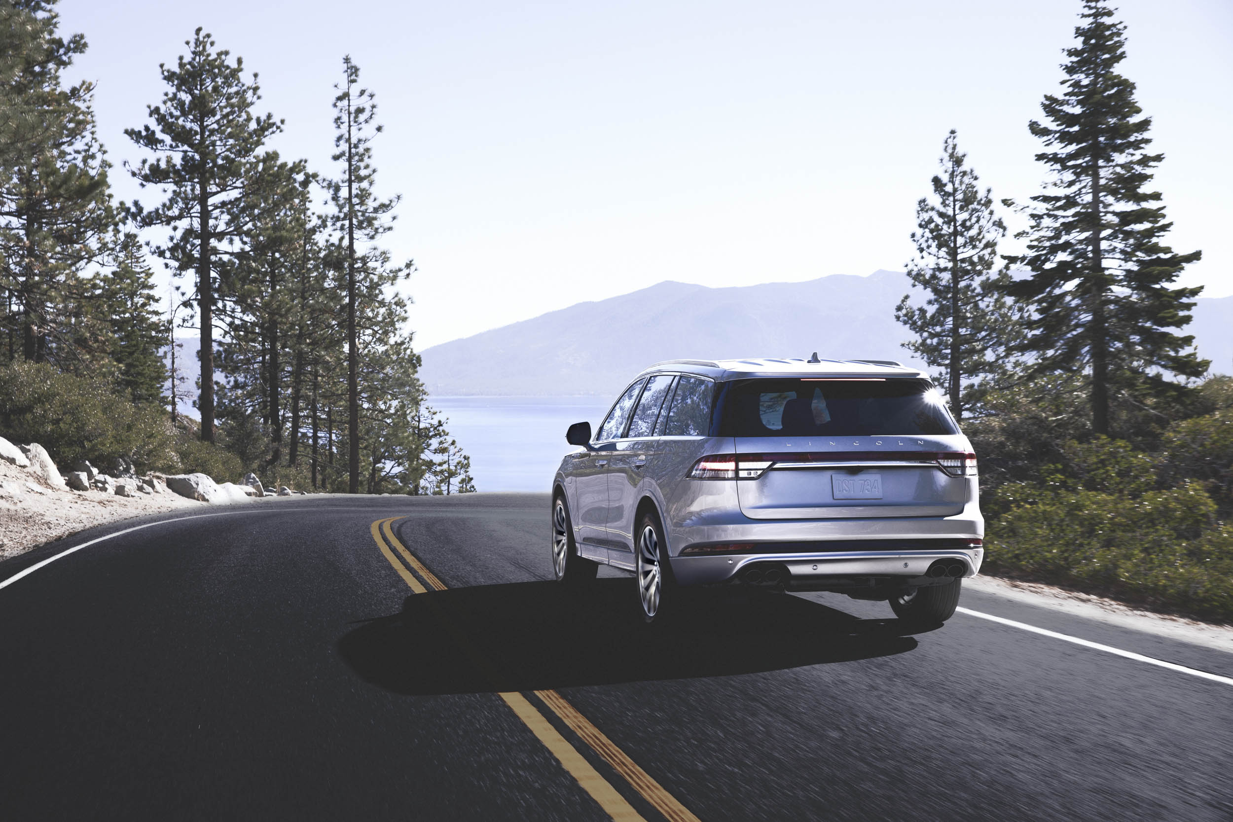 2020 Lincoln Aviator driving rear