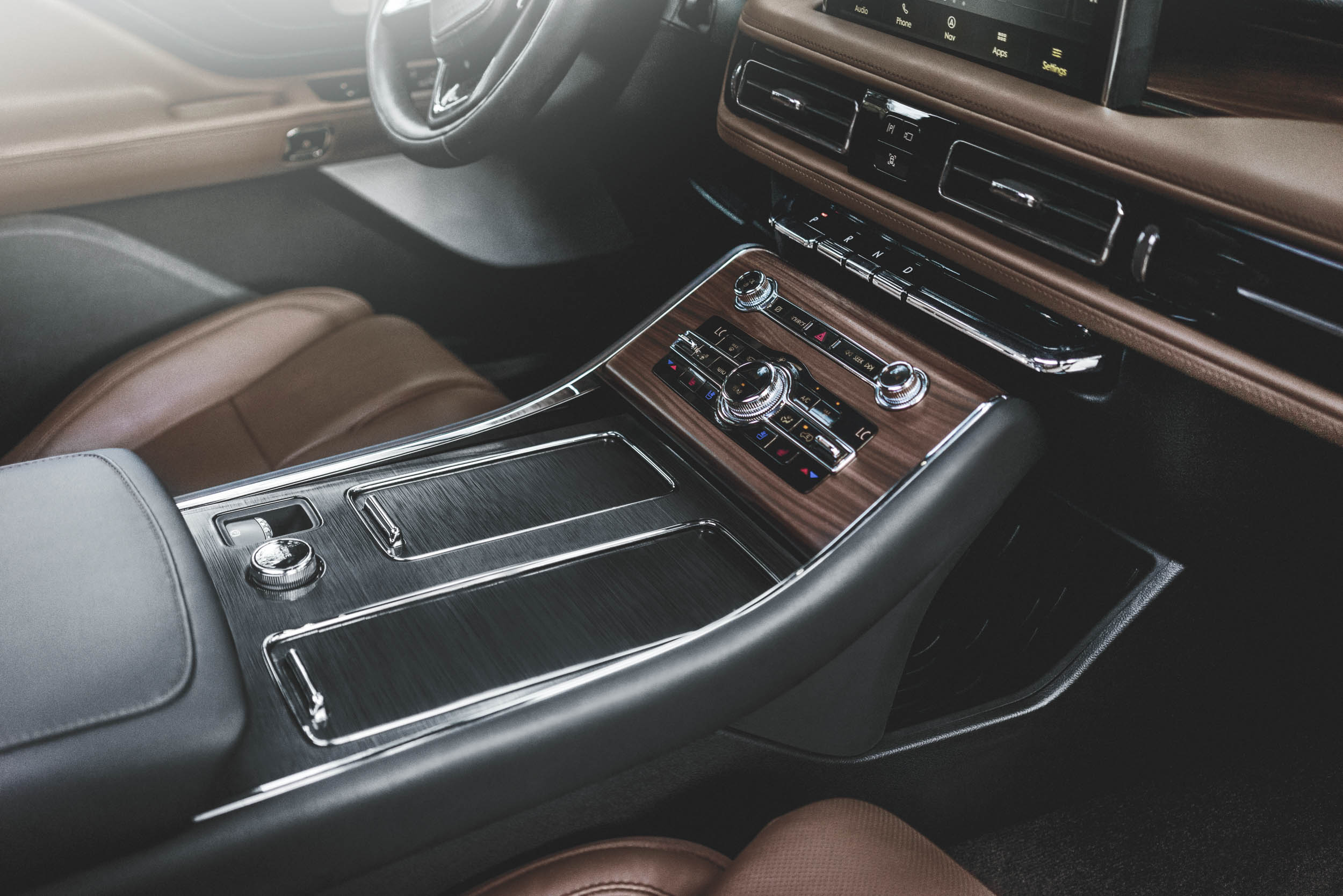 2020 Lincoln Aviator interior details