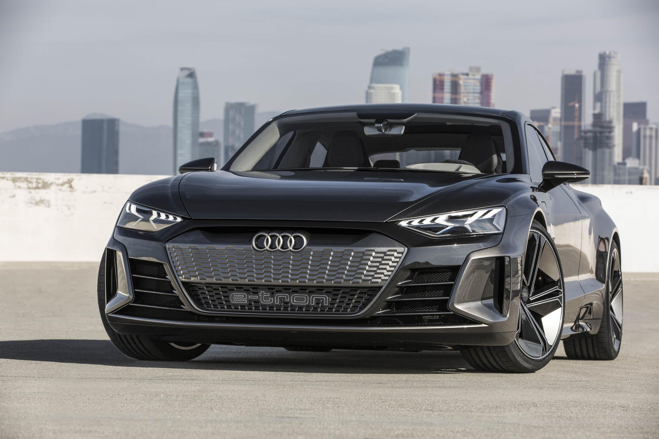 Audi e-tron GT front 3/4
