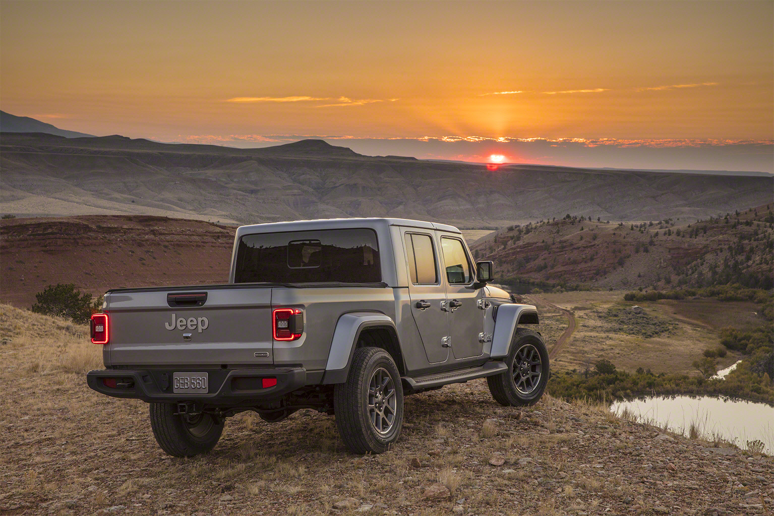 2020 Jeep Gladiator rear 34 sunset