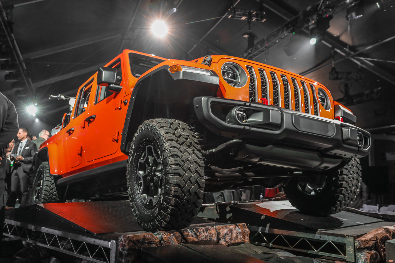 2020 Jeep Gladiator rock crawling