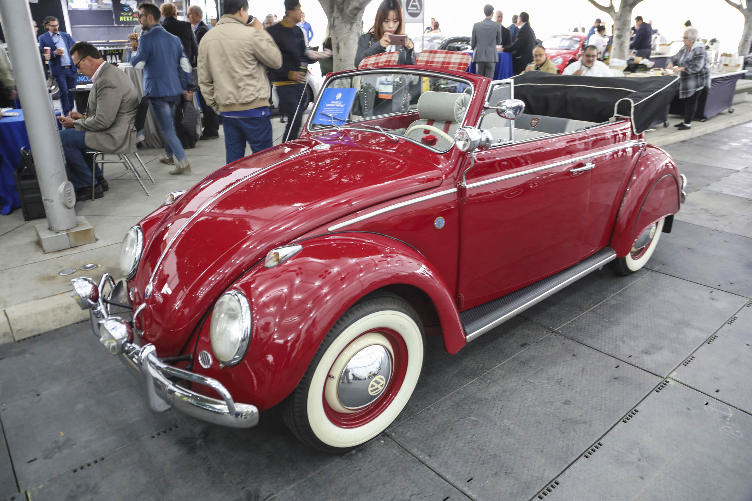 LA Auto Show Volkswagen Beetle Convertible