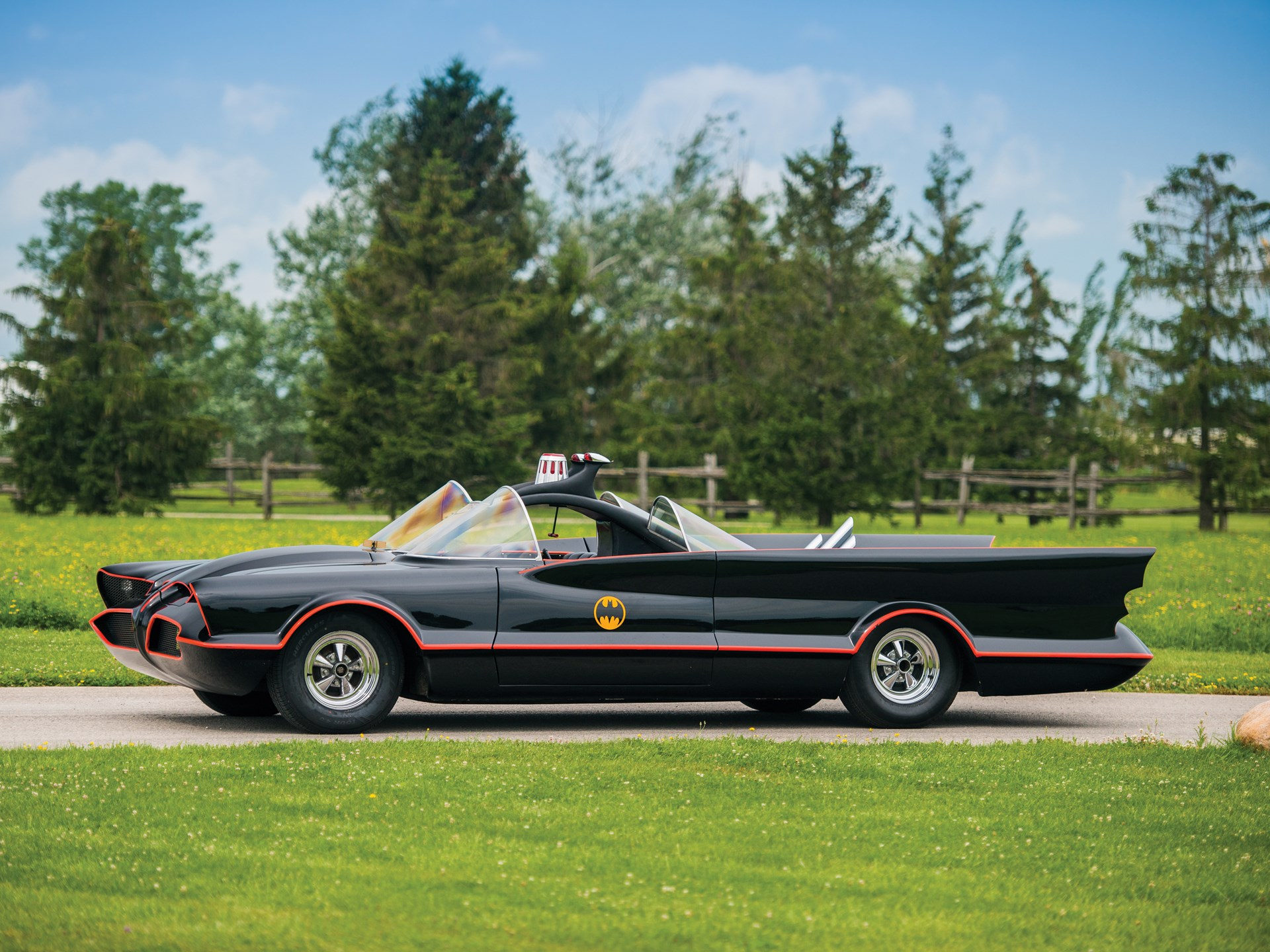 1966 Batmobile Recreation side profile