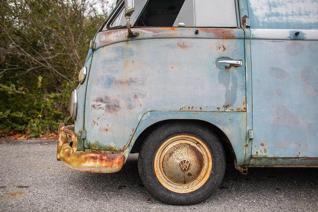 1962 Volkswagen Vanagon driver door