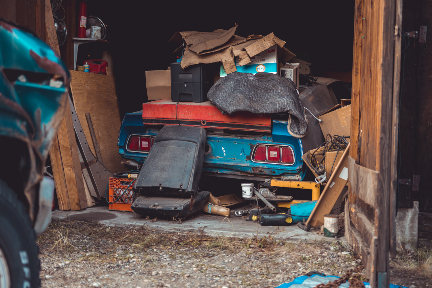 Barn find hunter alaska Mach 1 under pile