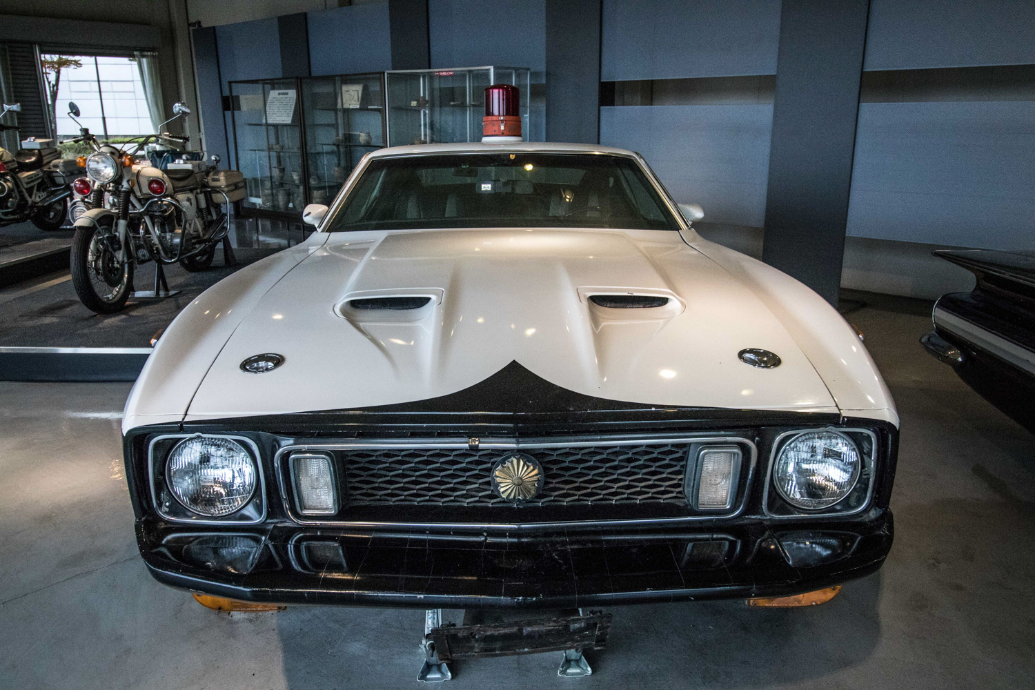 """1973 Ford Mustang """"Tochigi police car"""" front clip"""