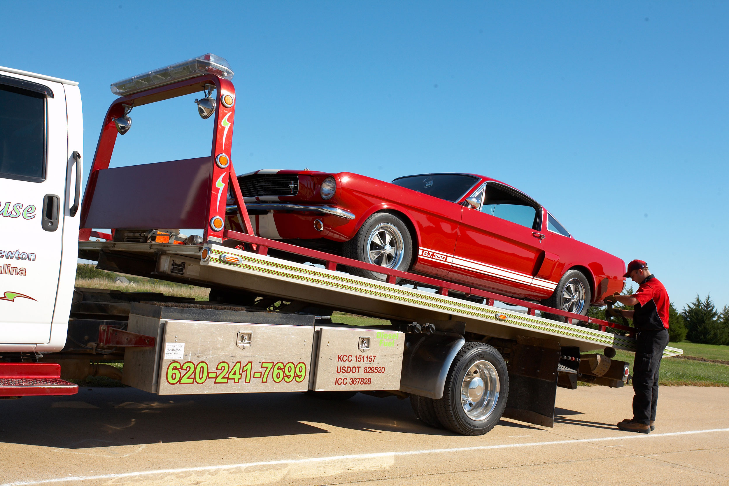 Flat bed towing