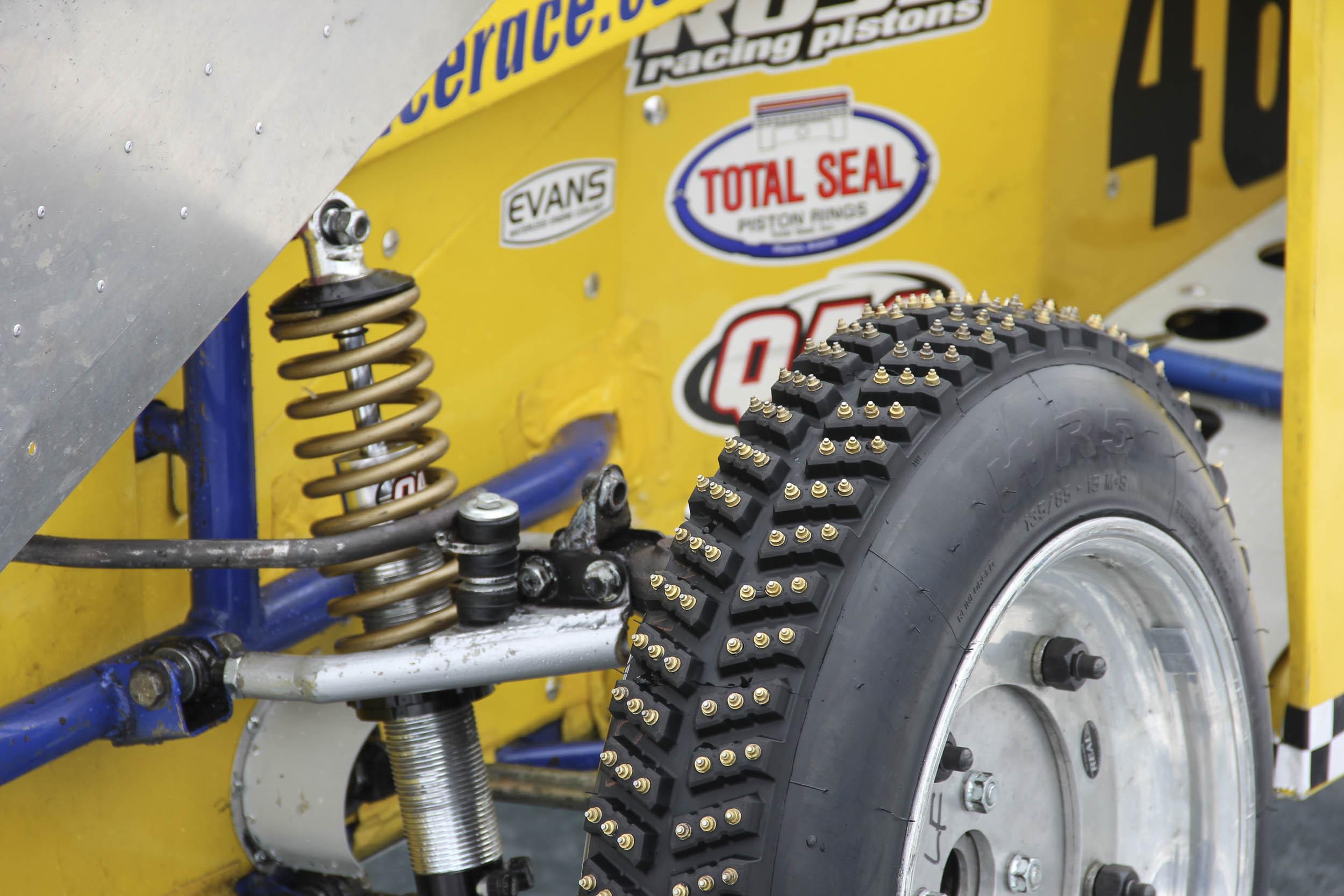 studded snow race tires