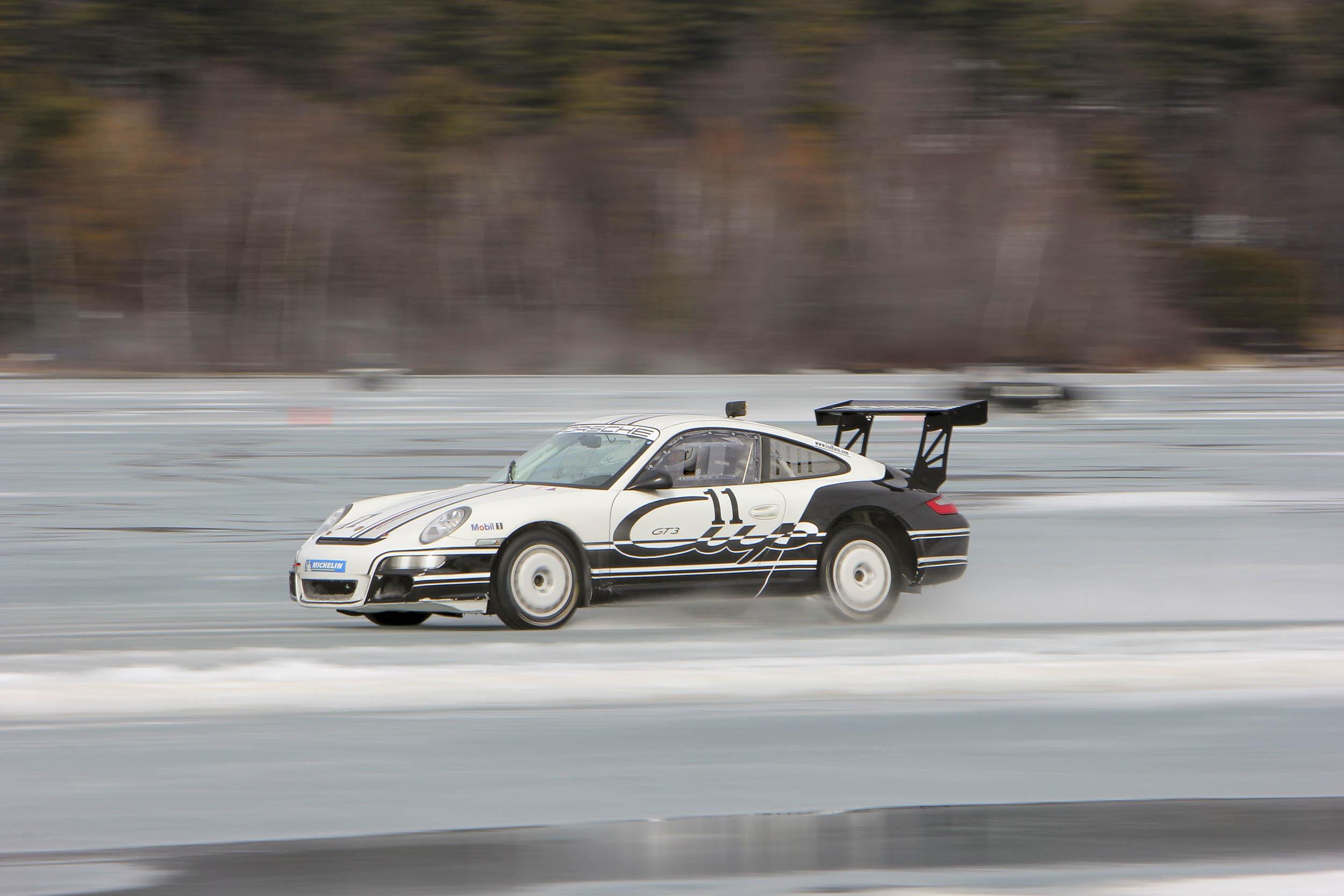Porsche 911 GT3 driving on ice