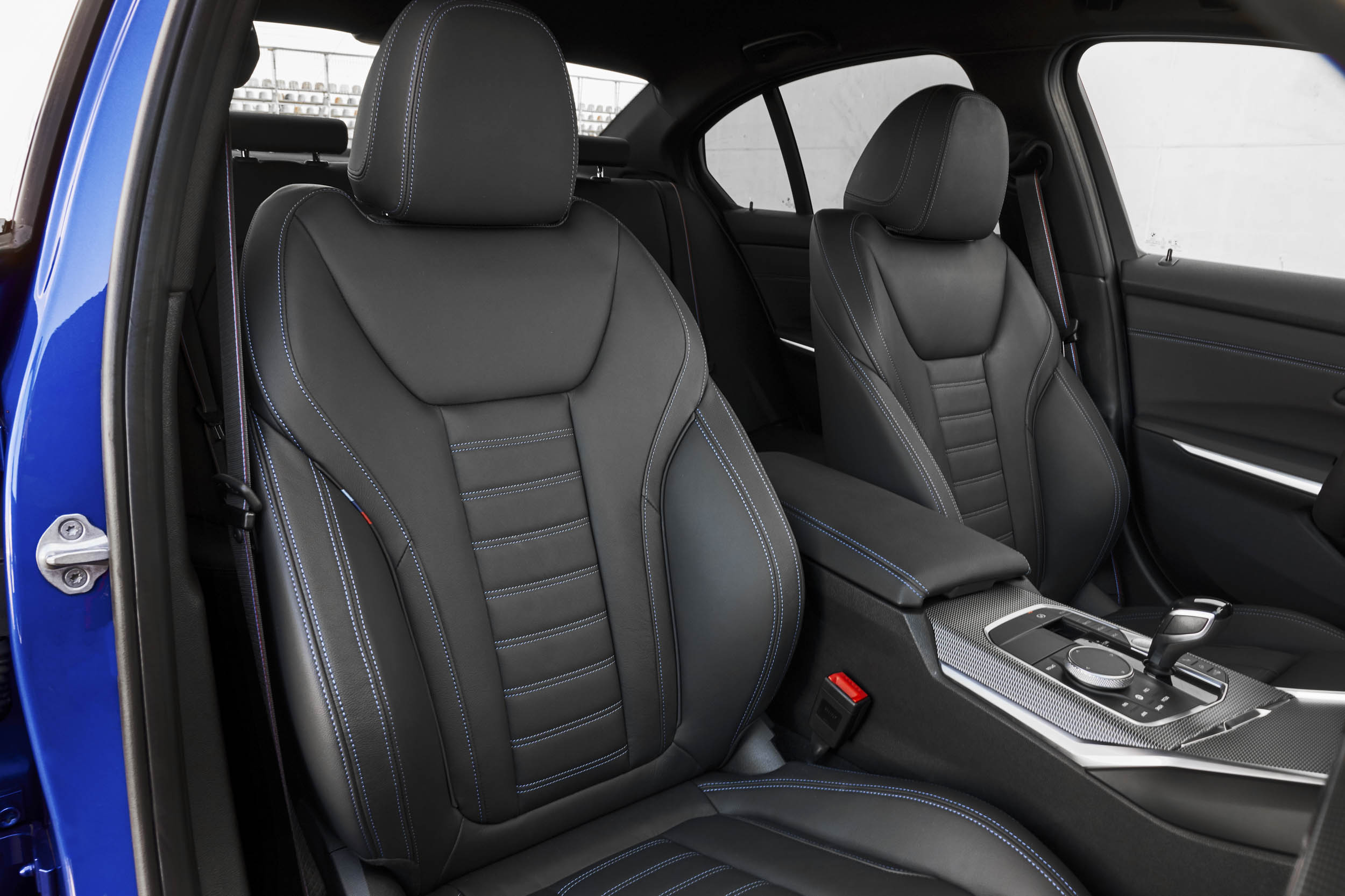 2019 BMW 330i M Sport passenger seat