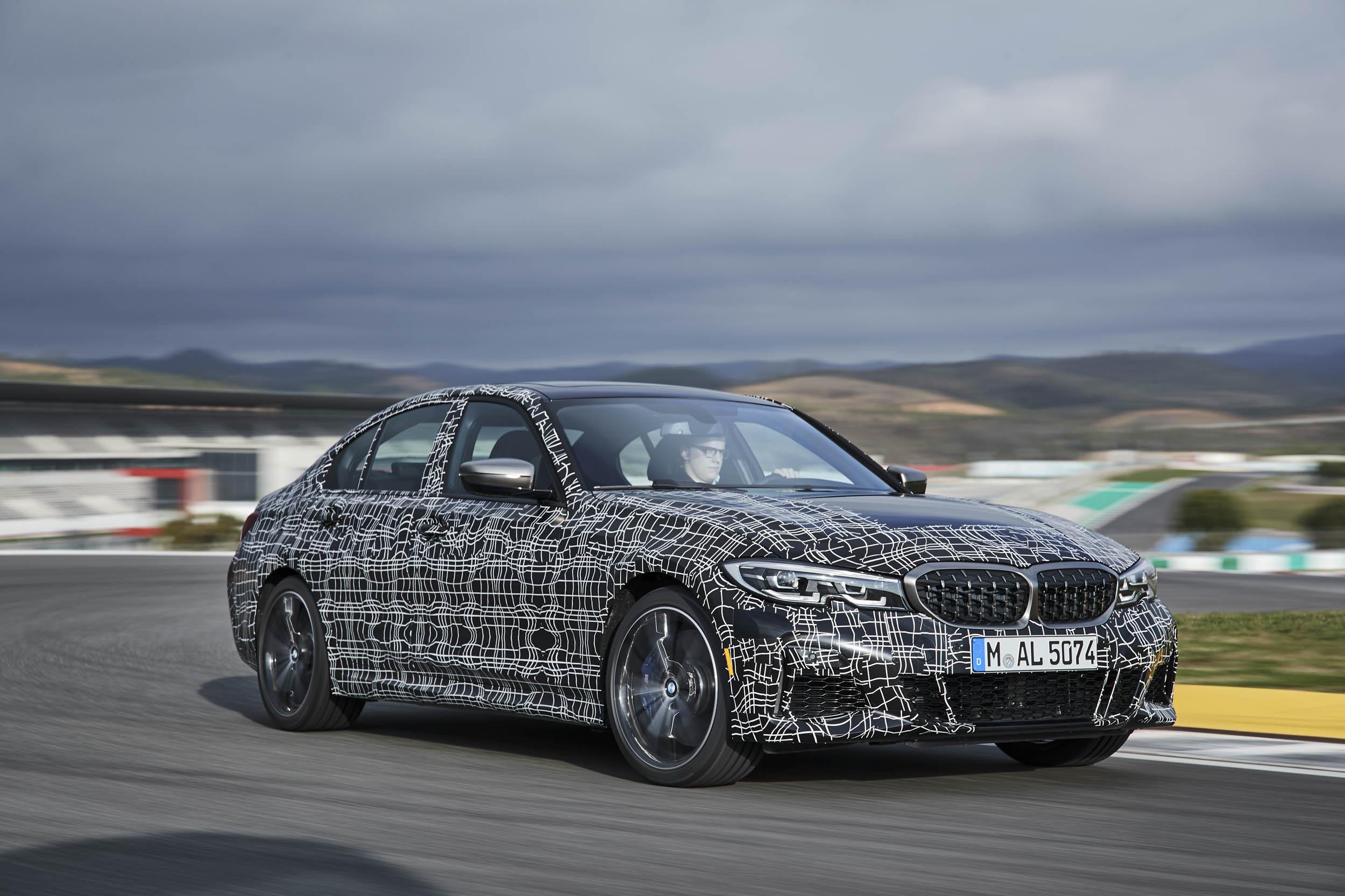 2019 BMW M340i xDrive front 3/4