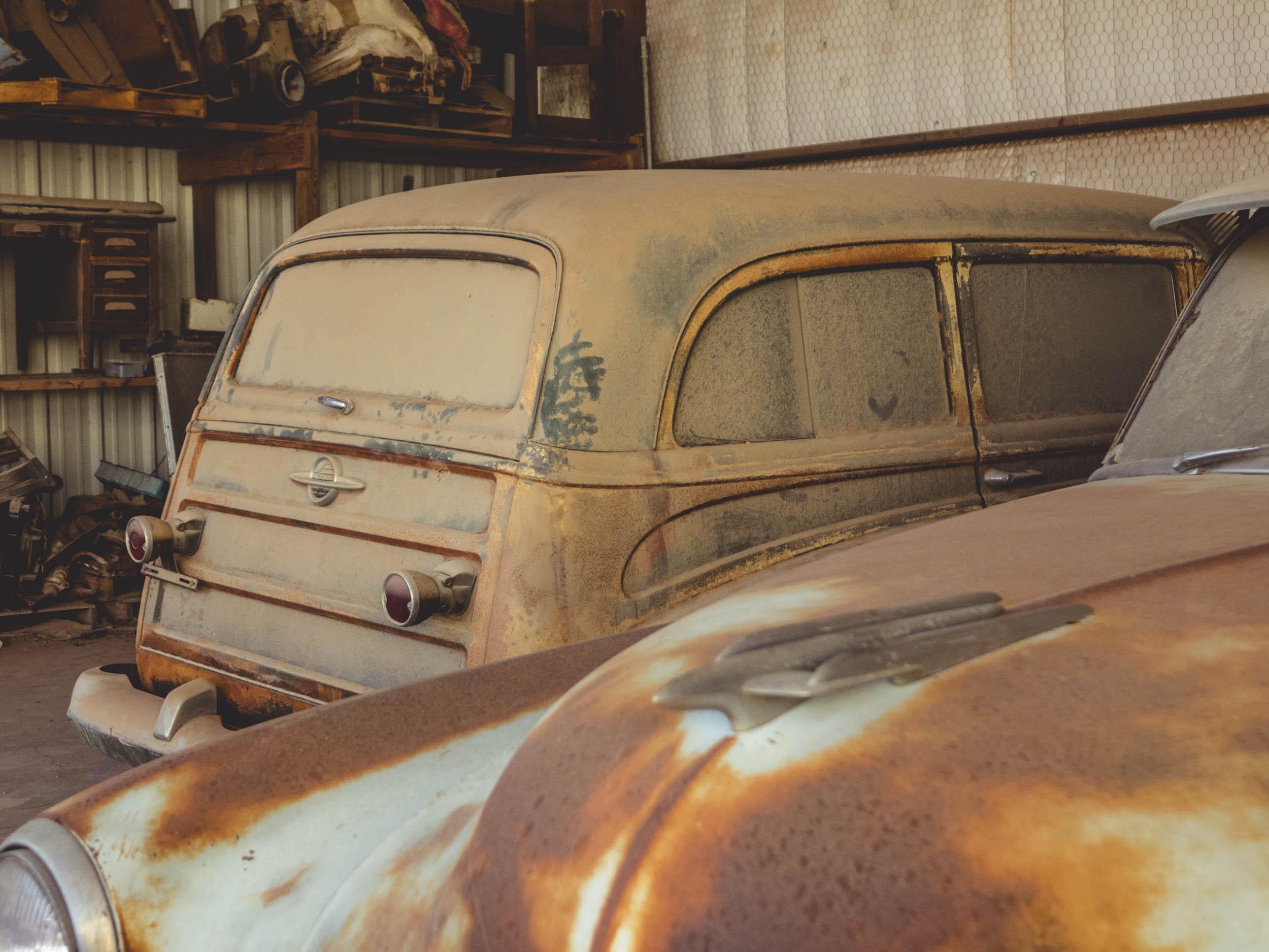 dusty Oldsmobile 88