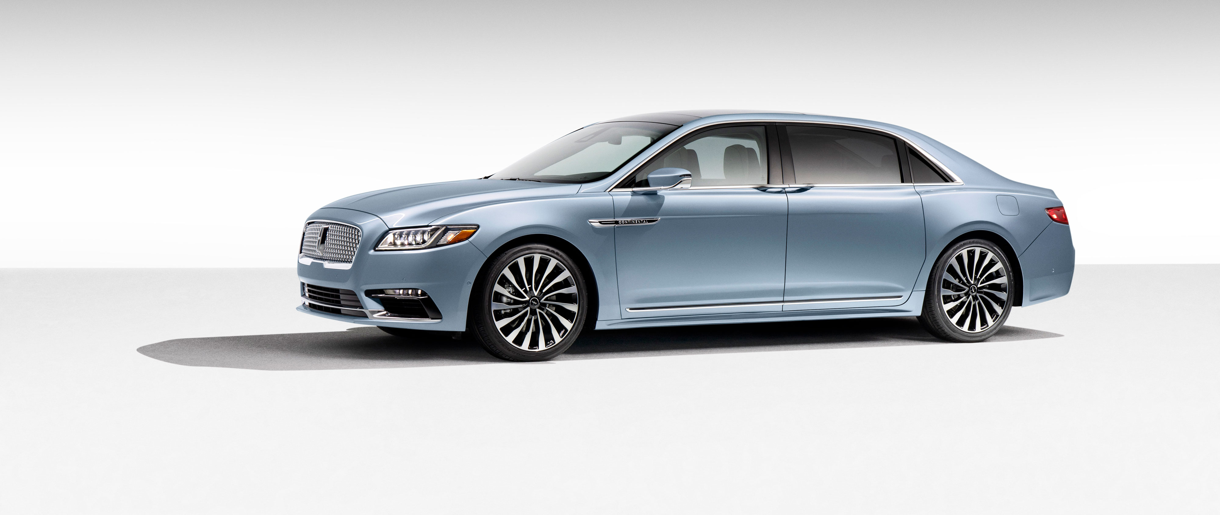 2019 lincoln continental stretch 80th anniversary rear view