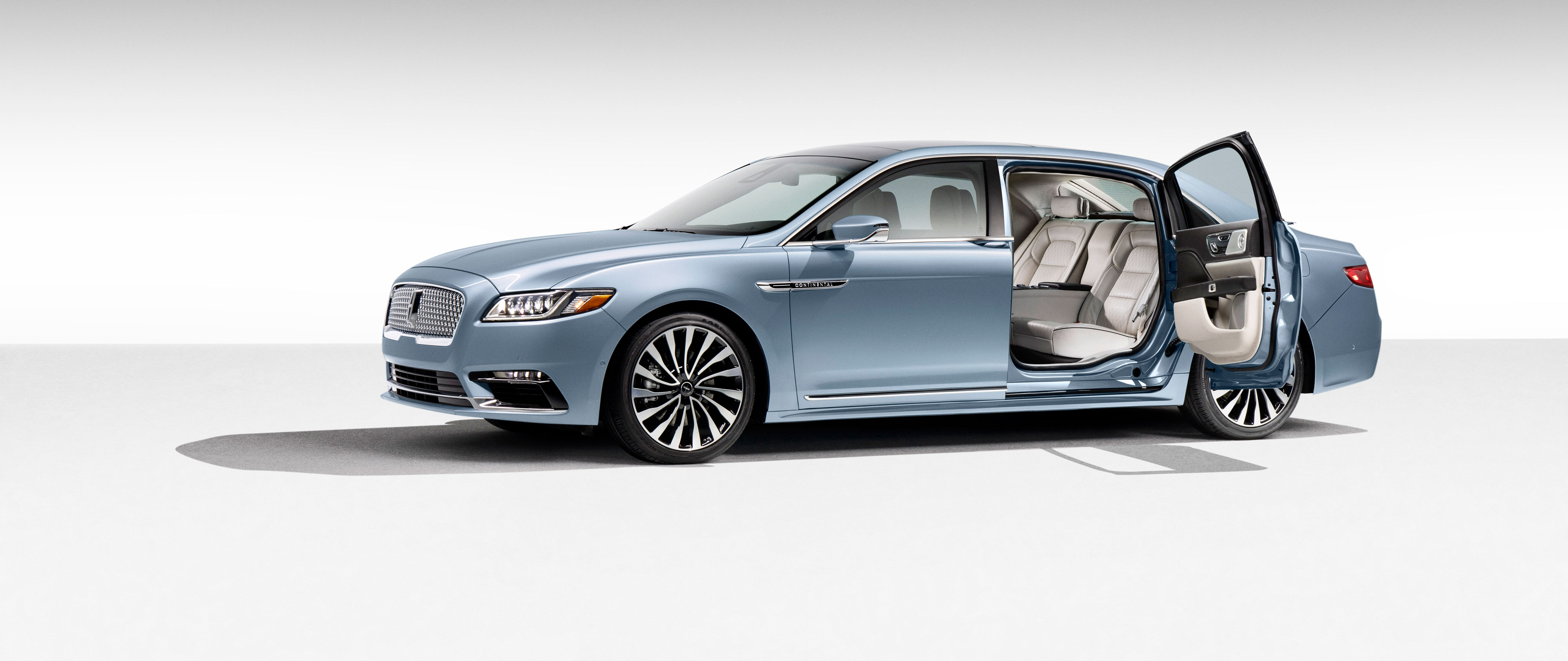 2019 lincoln continental 80th anniversary stretch front view