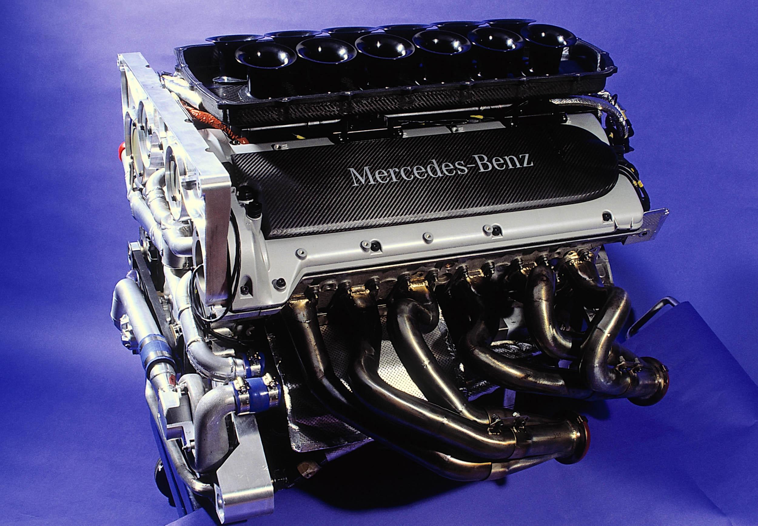Mercedes-Benz CLK GTR V-12