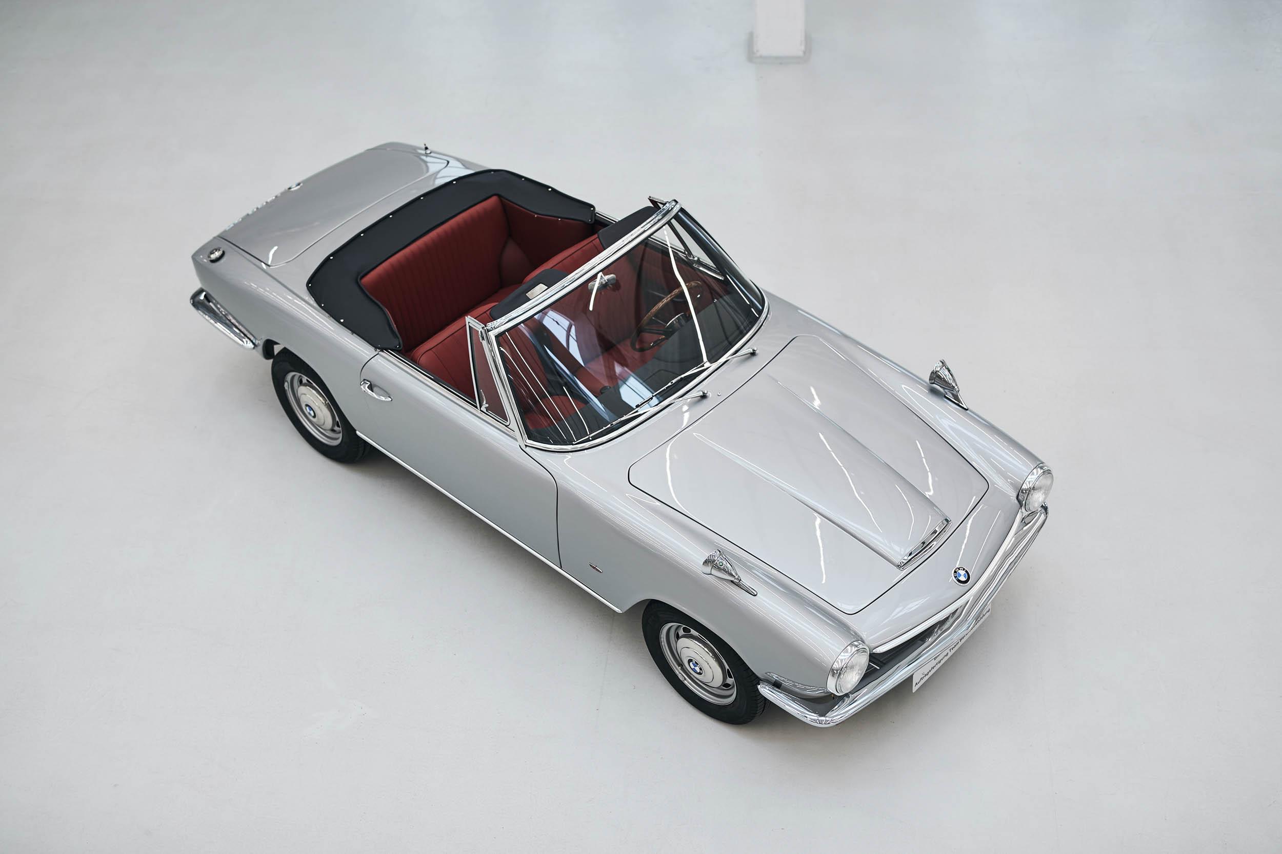 BMW 1600 GT convertible overhead